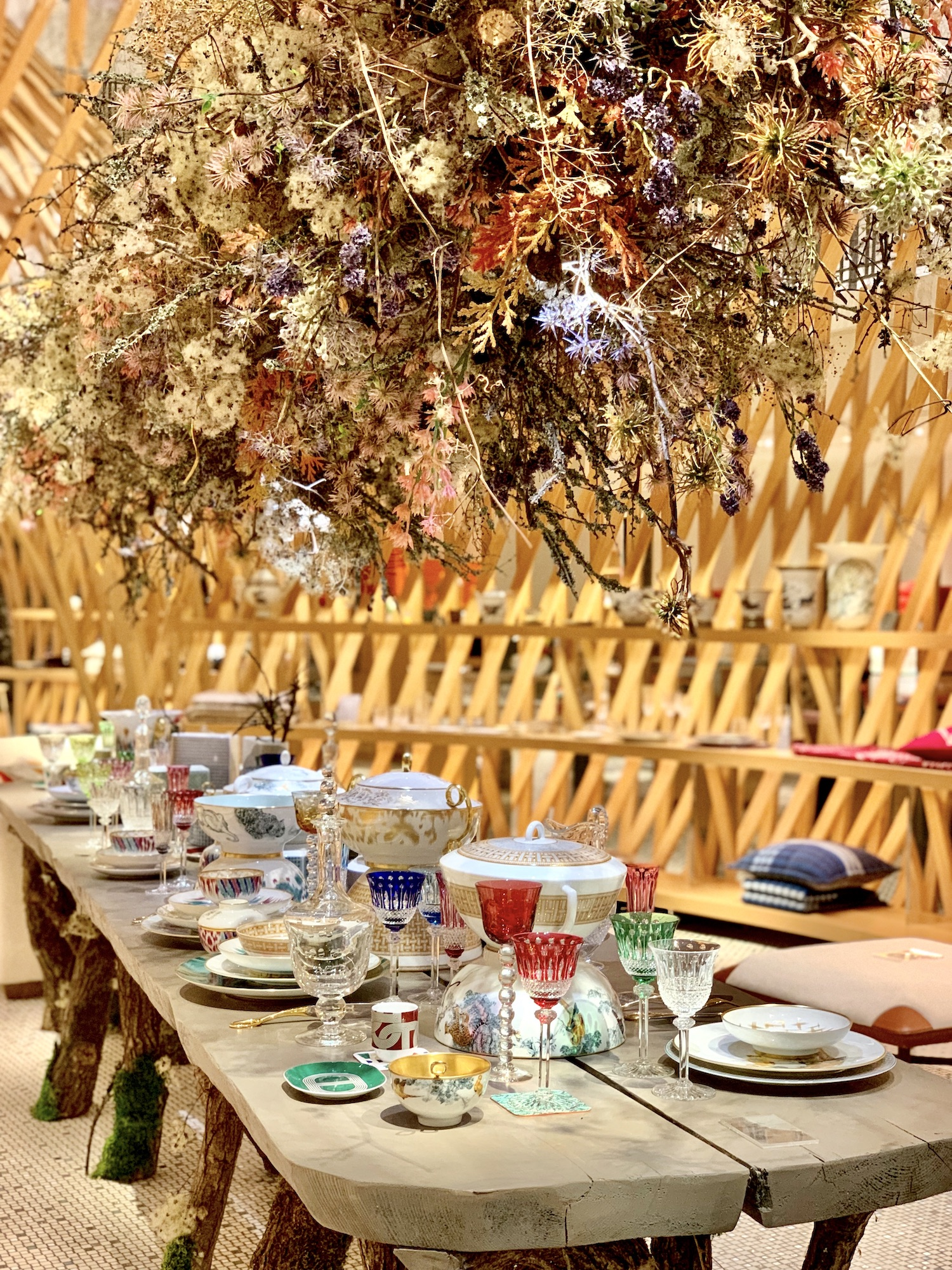 hermes tablescape