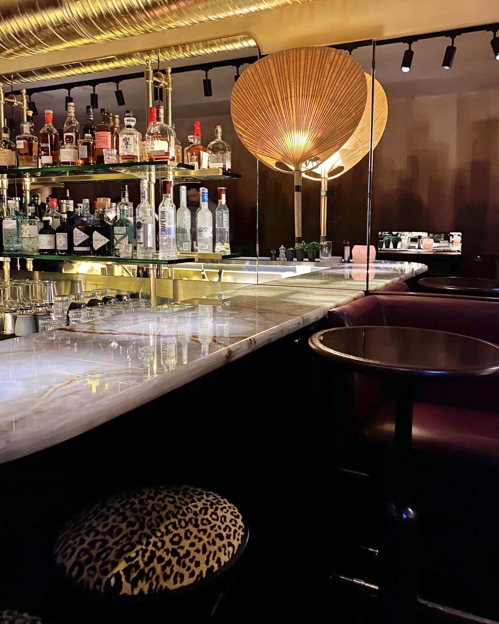 Cyril Lignac Dragon Bar