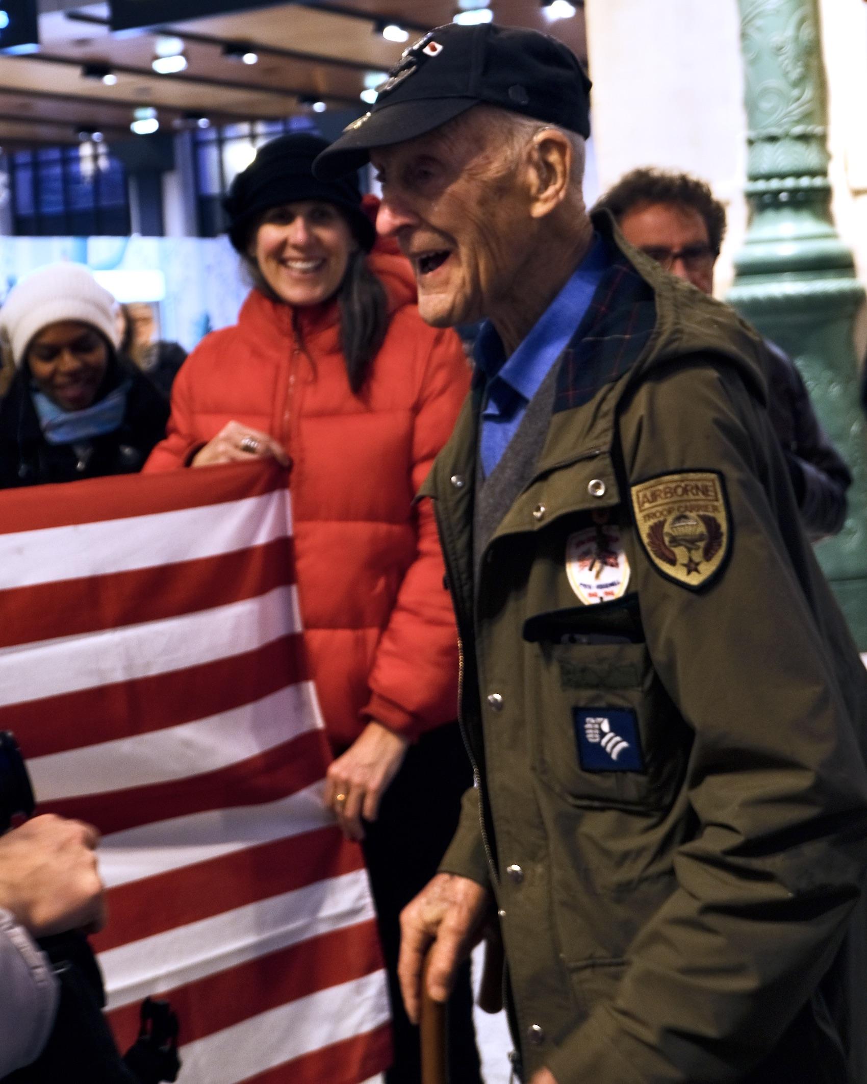 WWII Veteran Dr. Stephen Weiss arriving at Paris' Gare du Nord