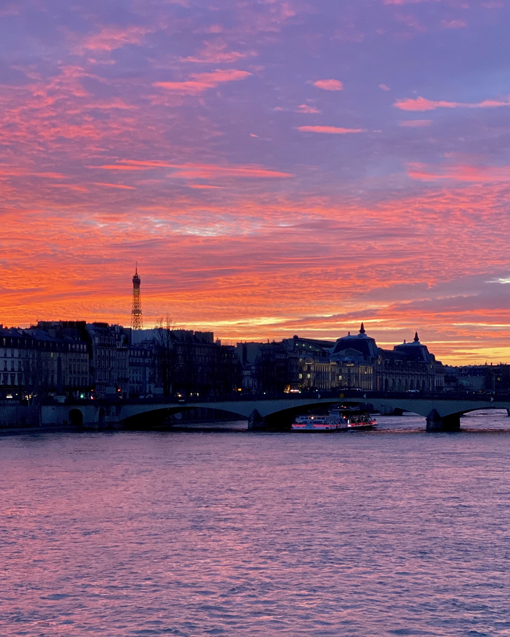 Five Friday Finds from France Sunset at Pont des Arts