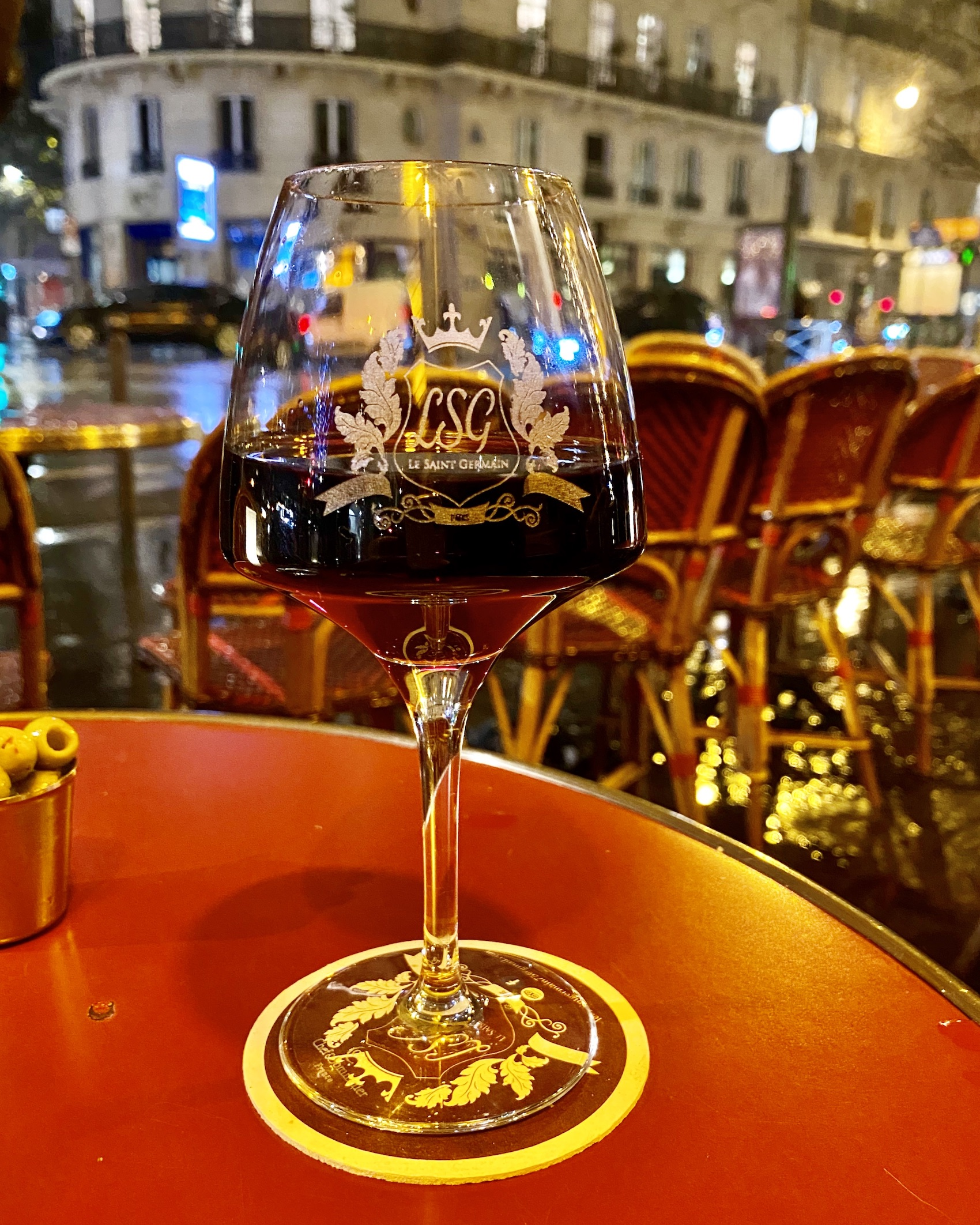 Red wine on a terrasse