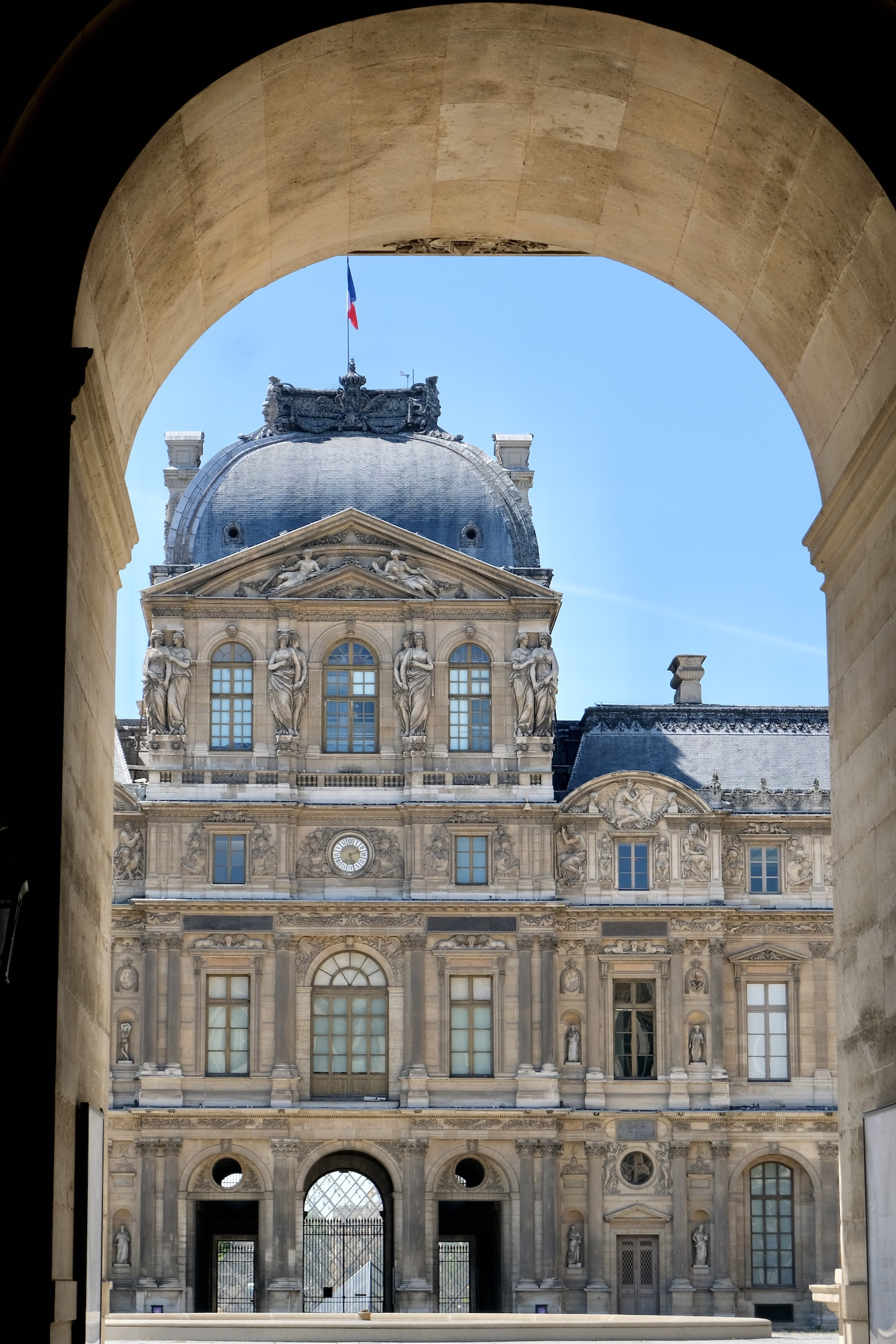 Louvre Cour Carrée