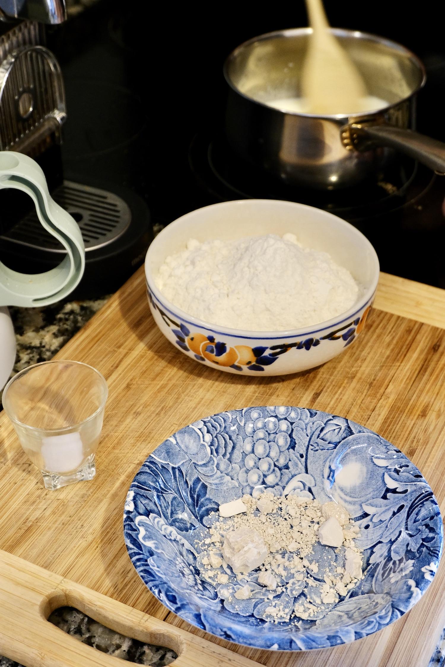 Brioche bun dry ingredients