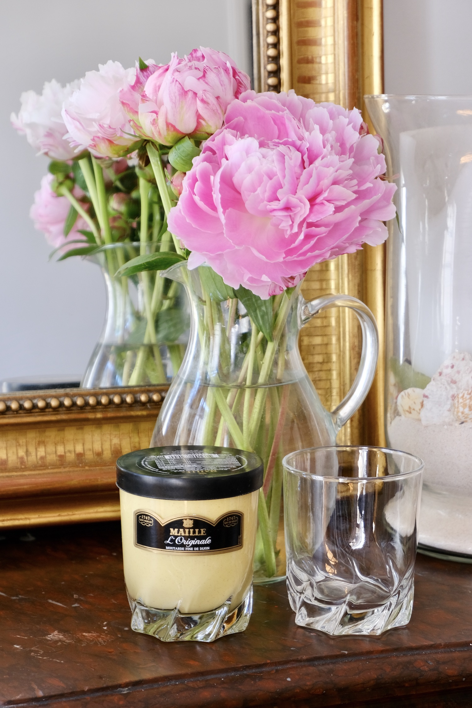 French mustard jars as glassware
