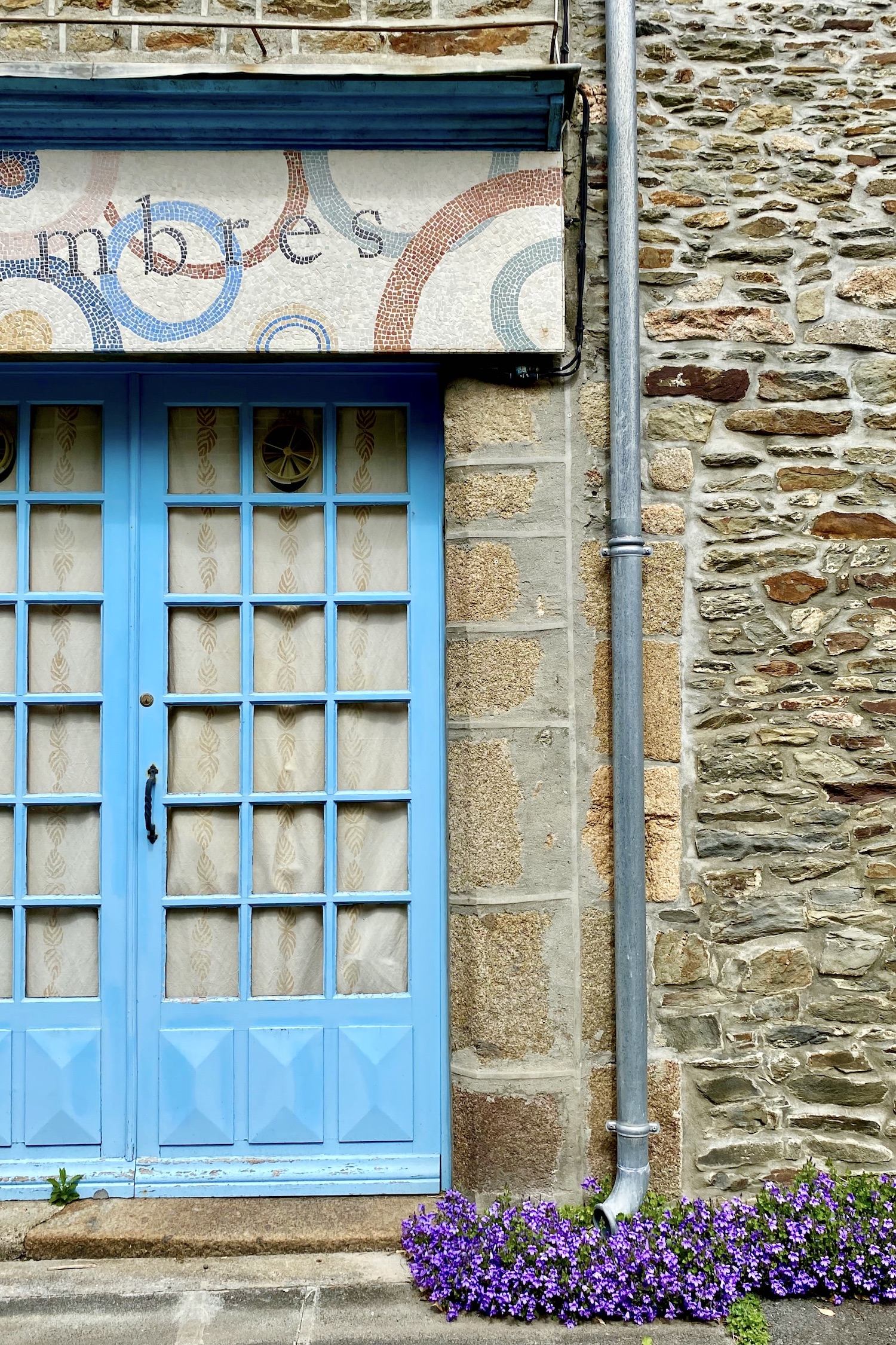 Blue door in La Manche