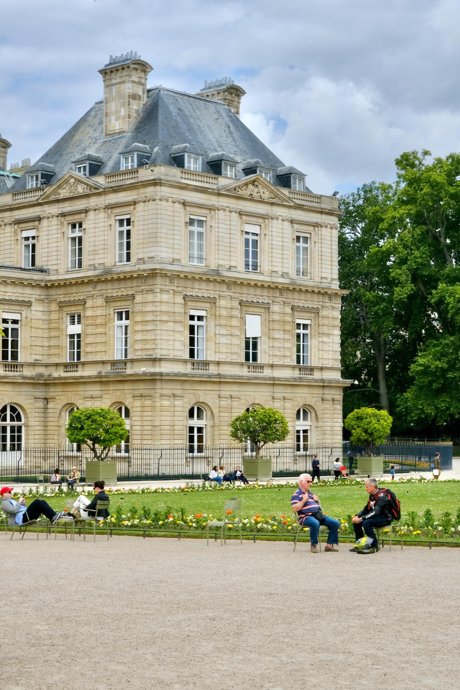 Parisians at the Jardin du Luxembourg