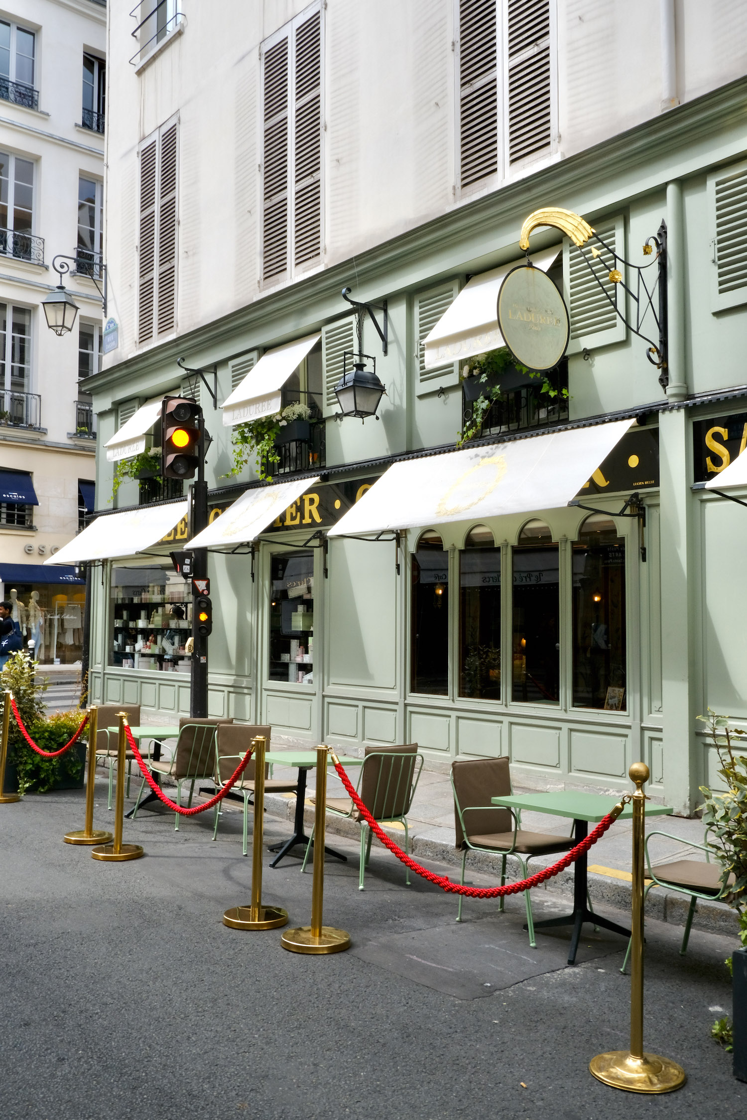 Ladurée Bonaparte's new temporary terrasse