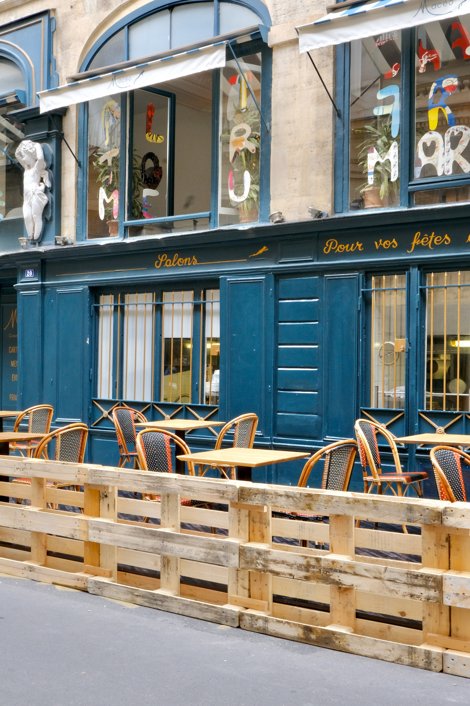 Reopening of bars and restaurants in France
