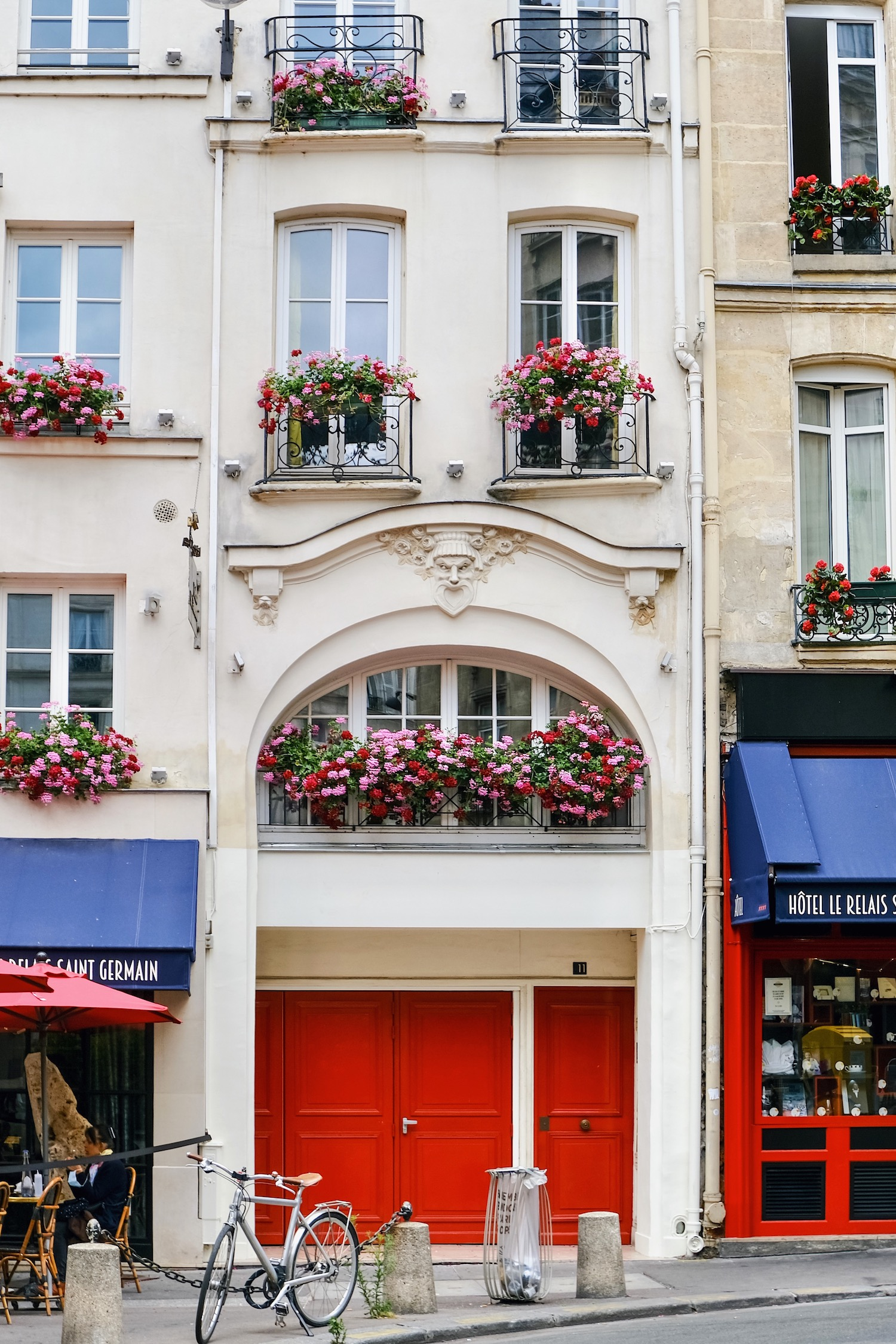 Weekend Links Week Three Relais Saint Germain Facade