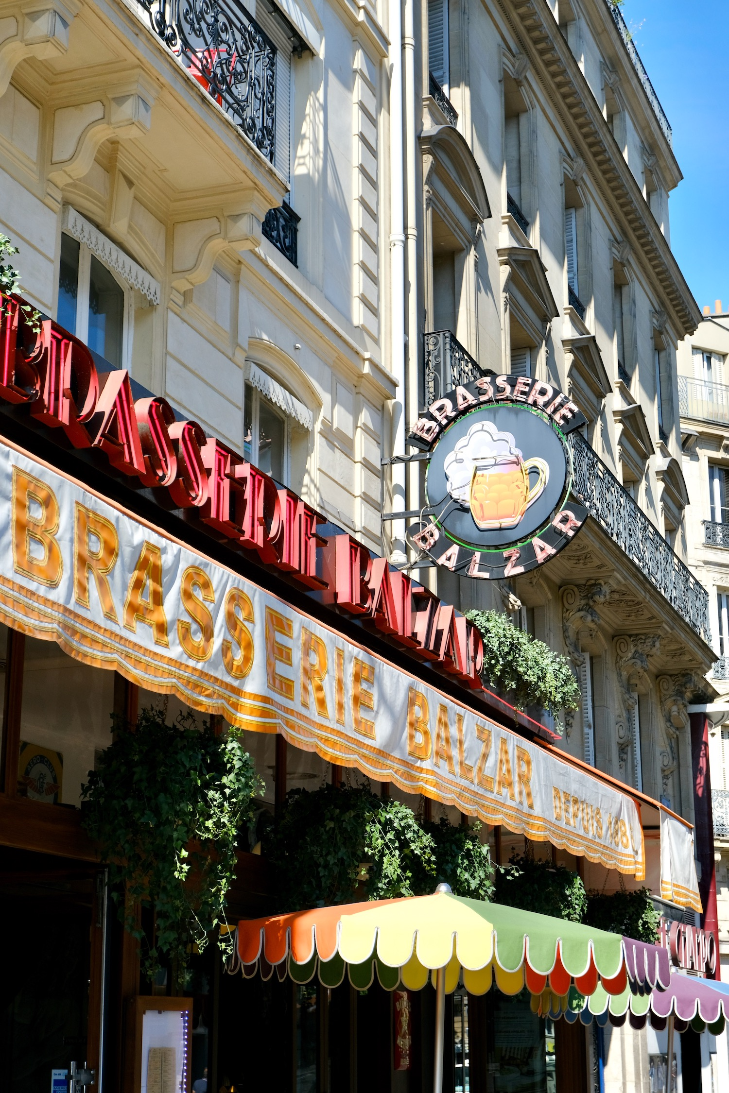 Brasserie Balzar exterior