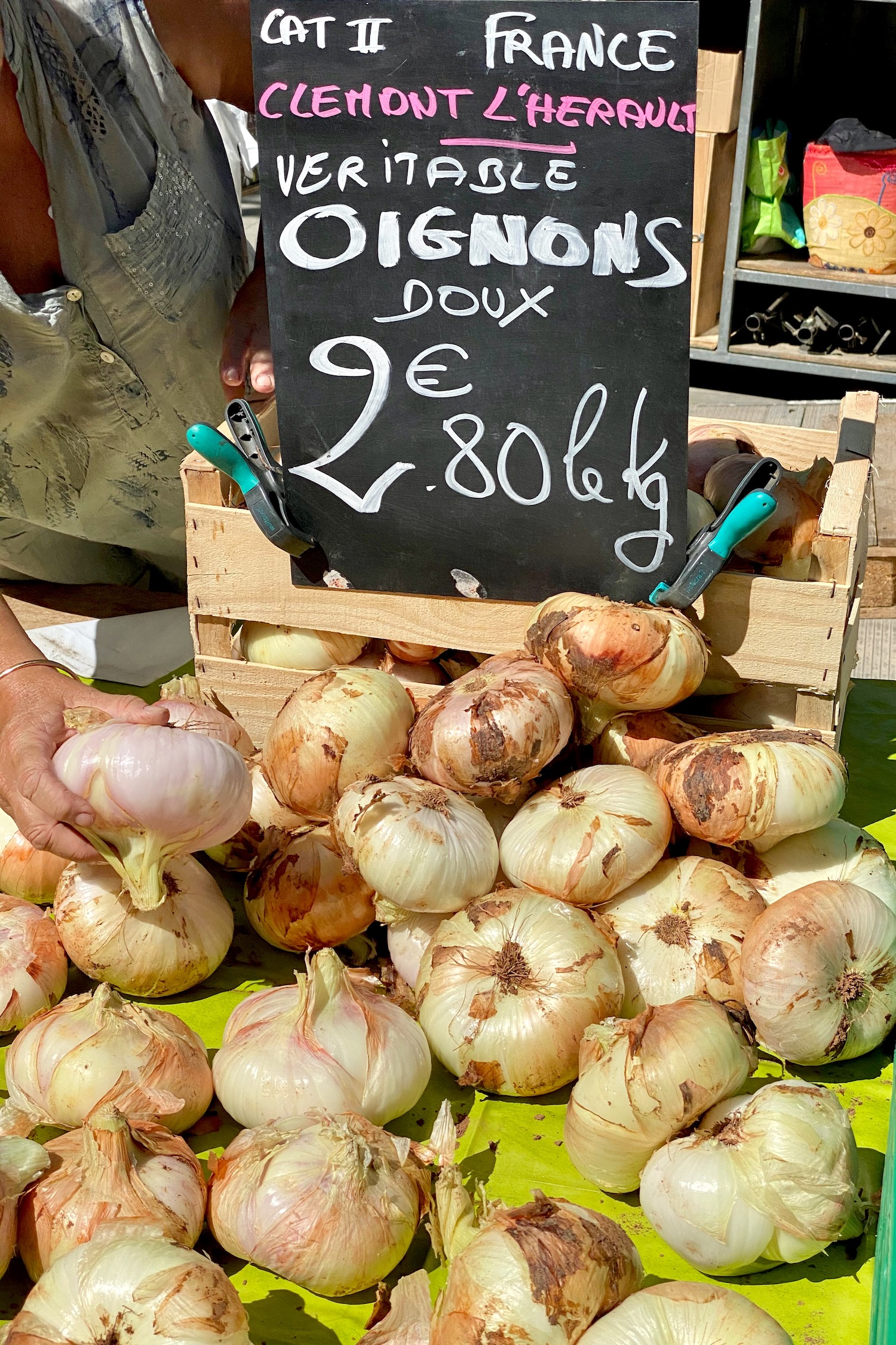Herault sweet onions at the Mèze market