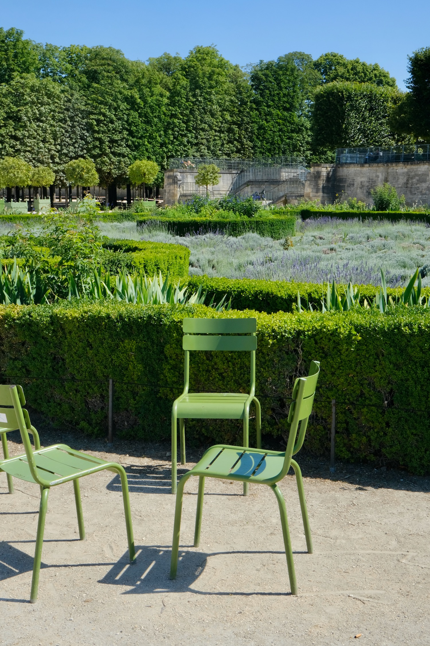 Tuileries green chair