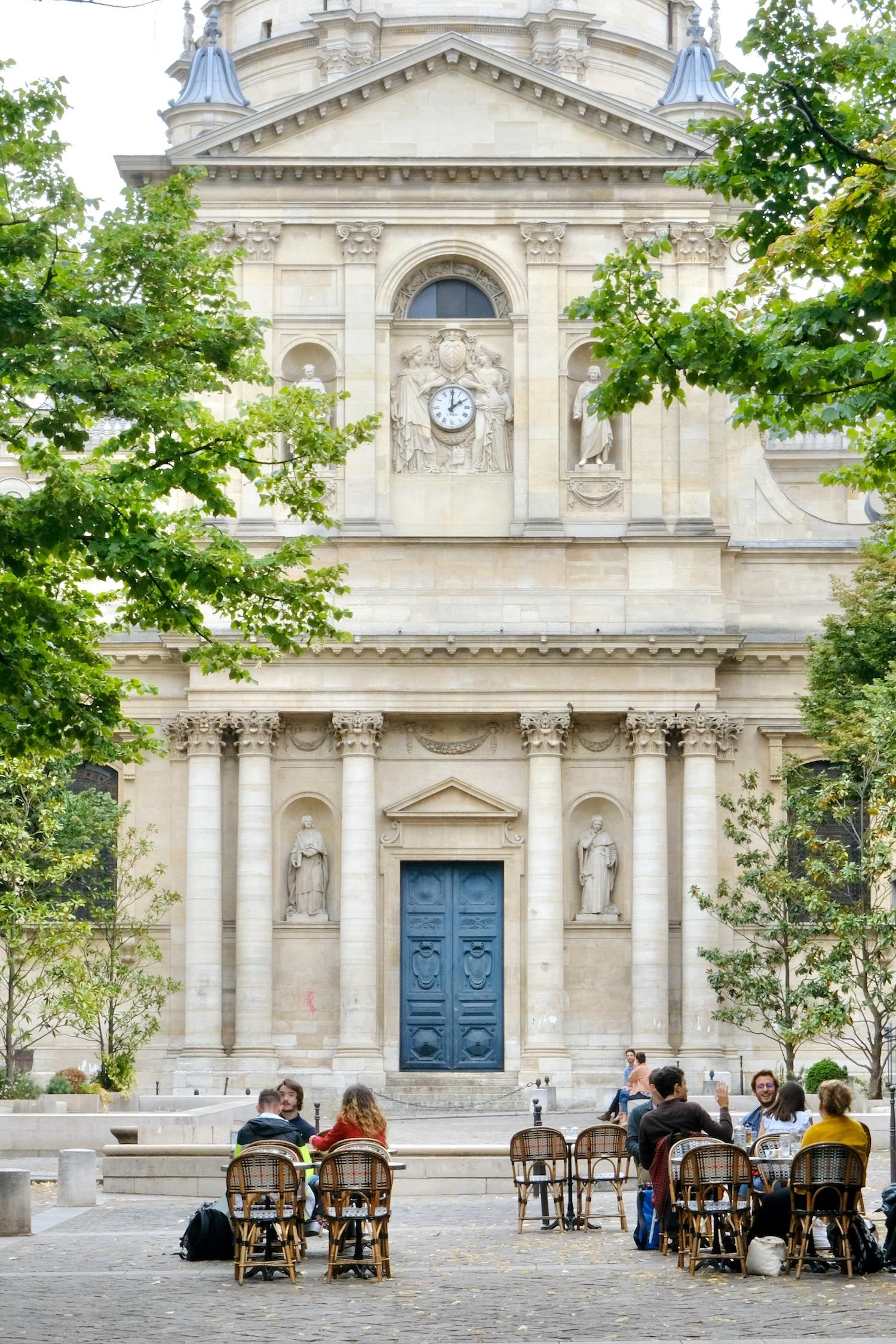 Weekend Links Week Five Sorbonne Café scene