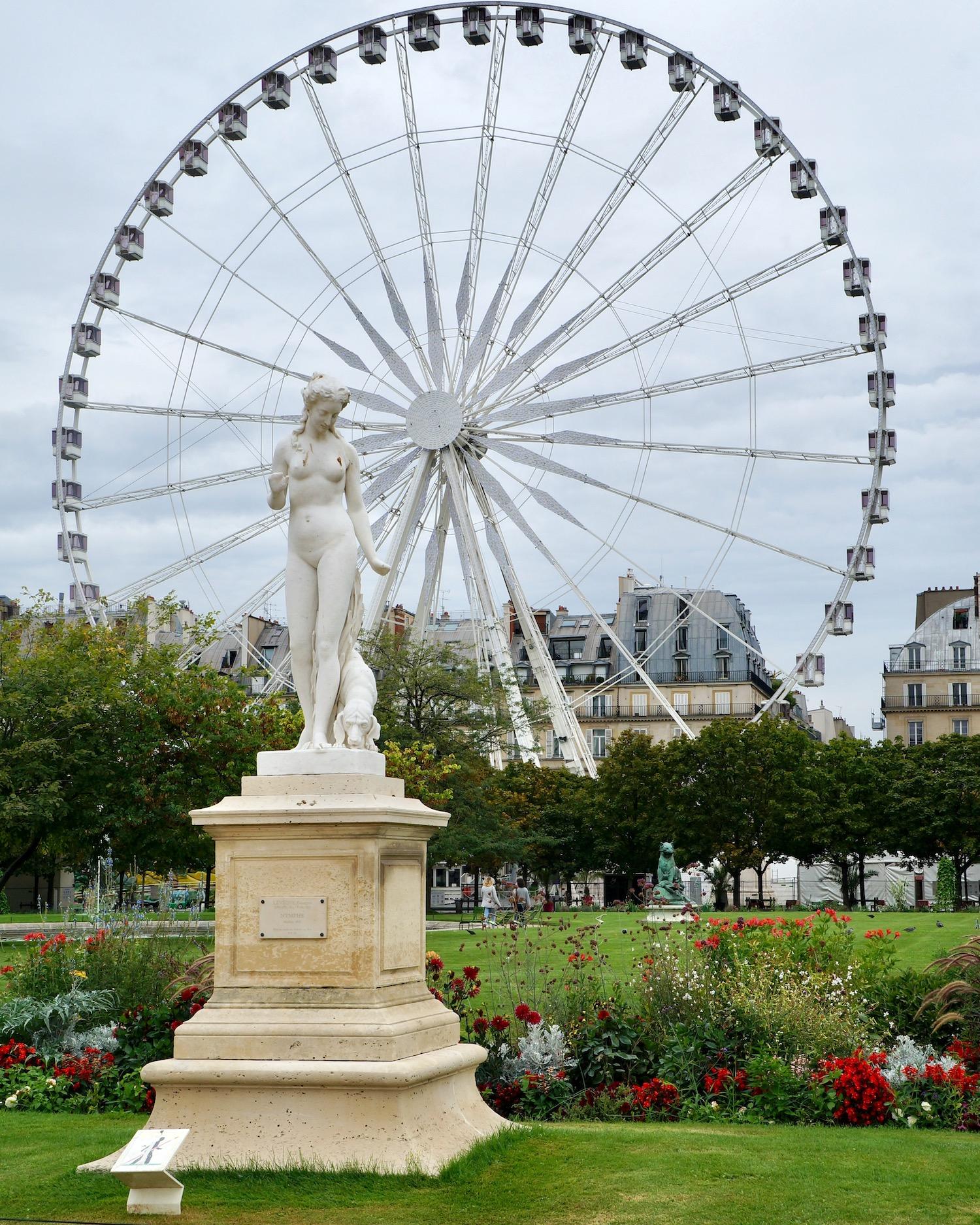 Paris ferris wheel sculpture