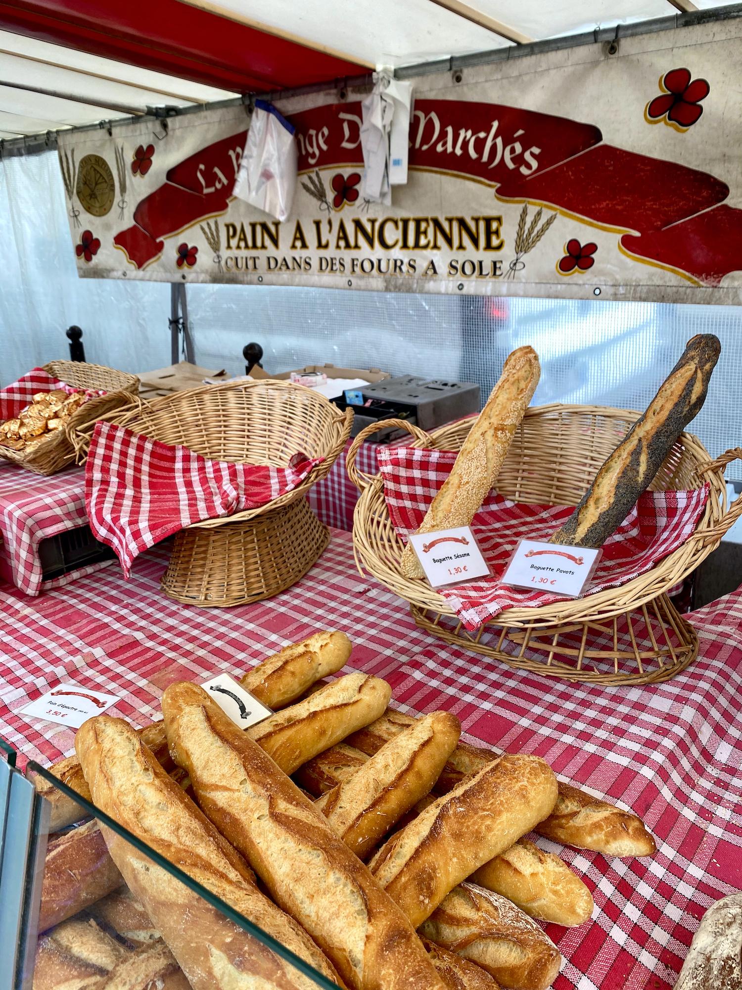 boulanger at Marché Raspail