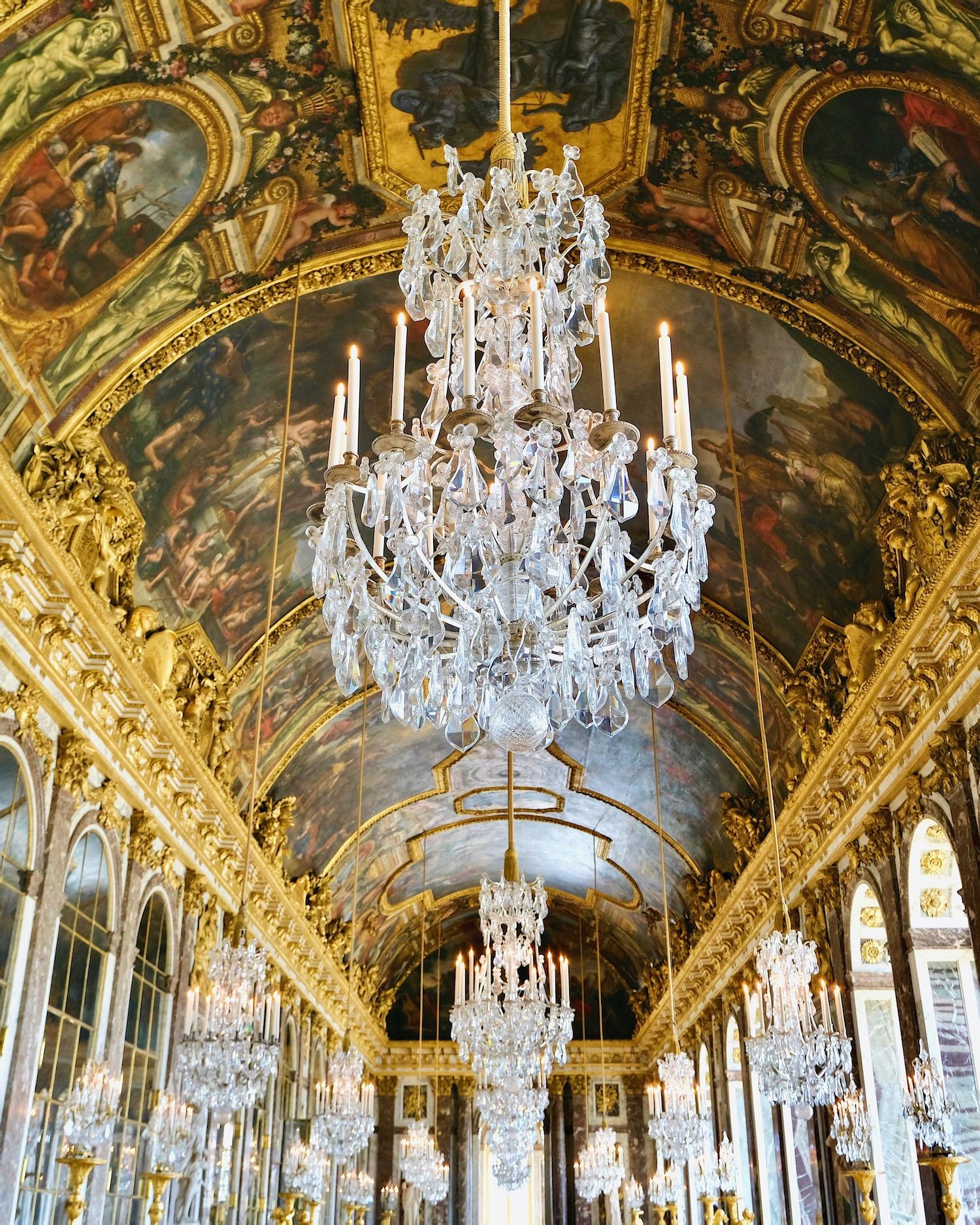 weekend links week 20 hall of mirrors in chateau de versailles