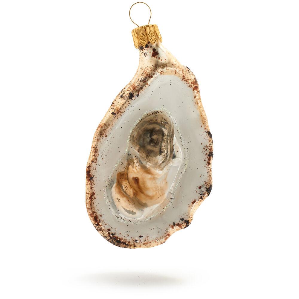 Oyster half shell christmas