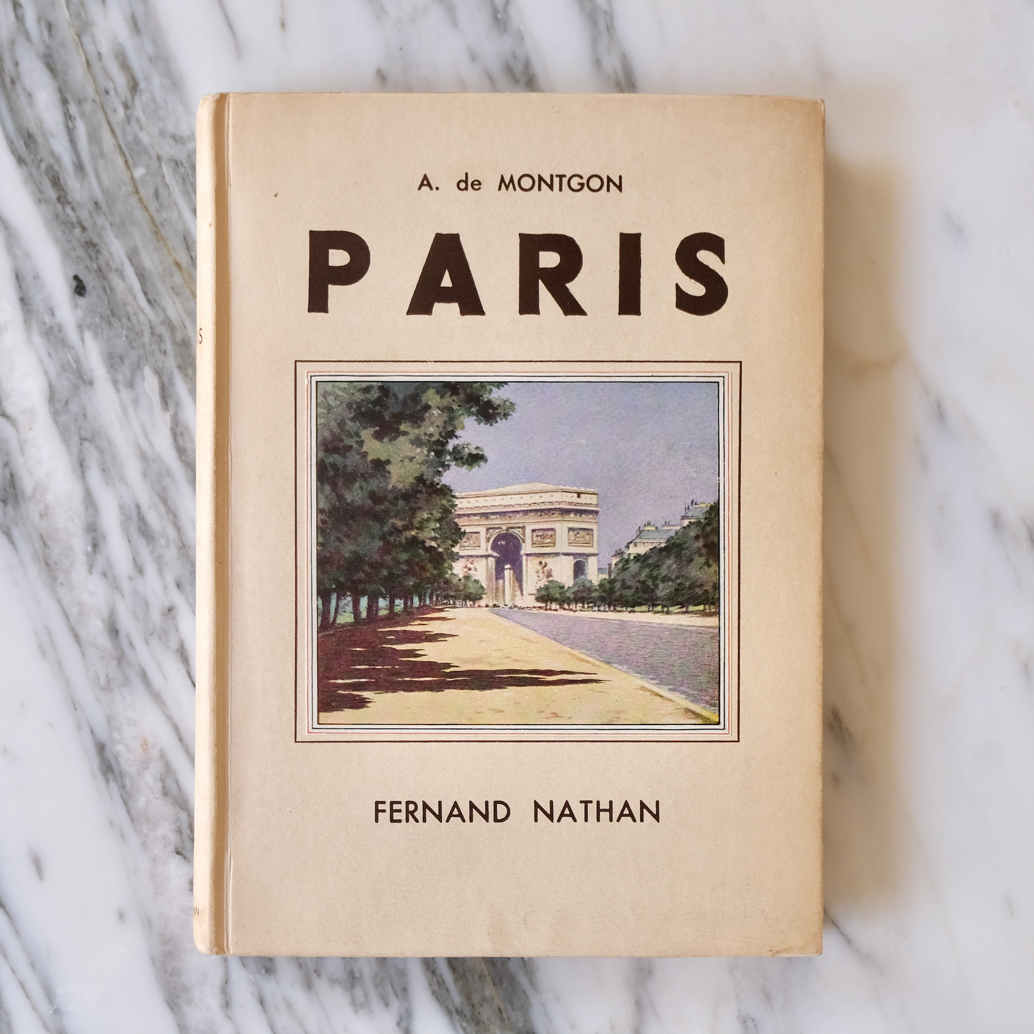 Paris 1942 edition book