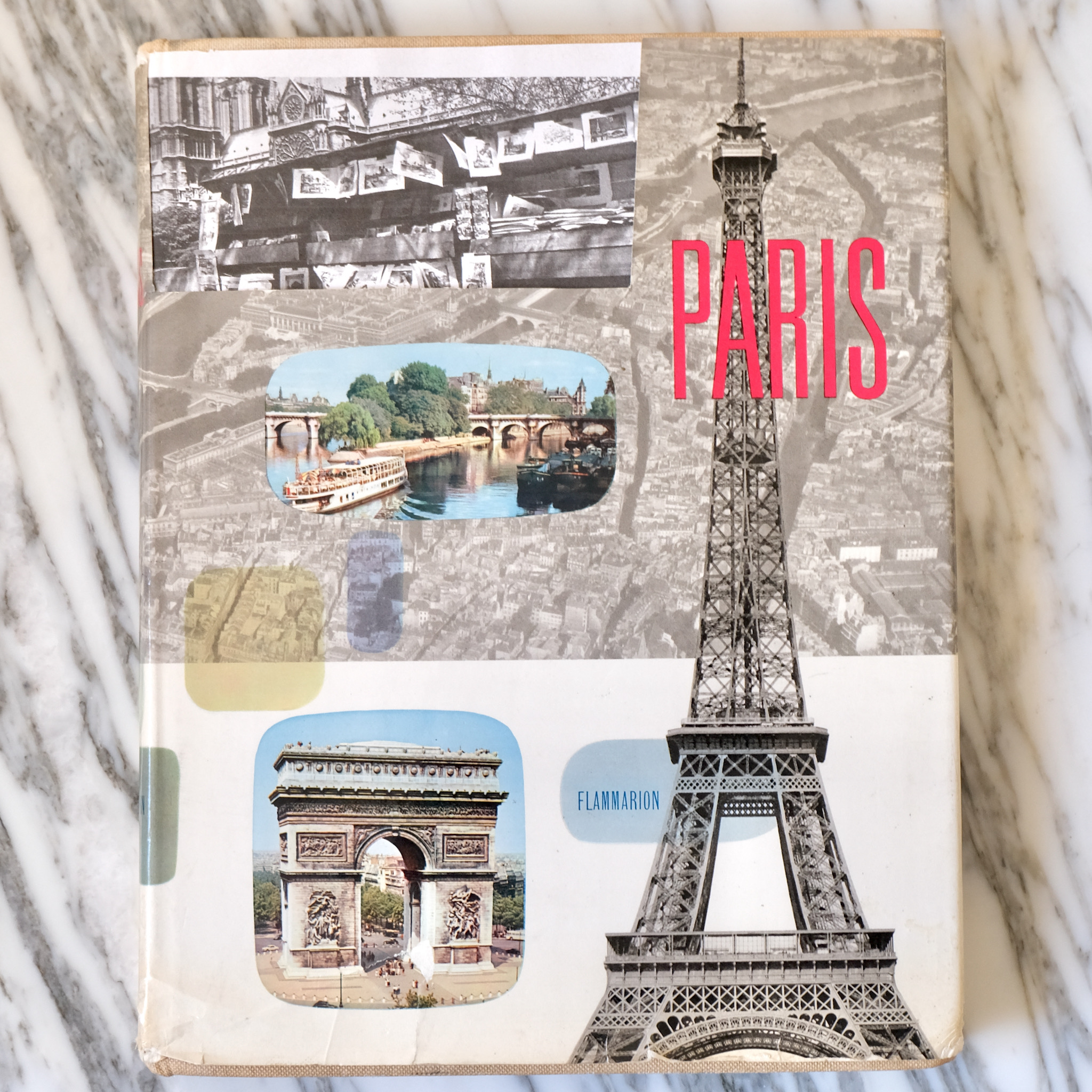 Paris Flammarion book bouquinistes auction
