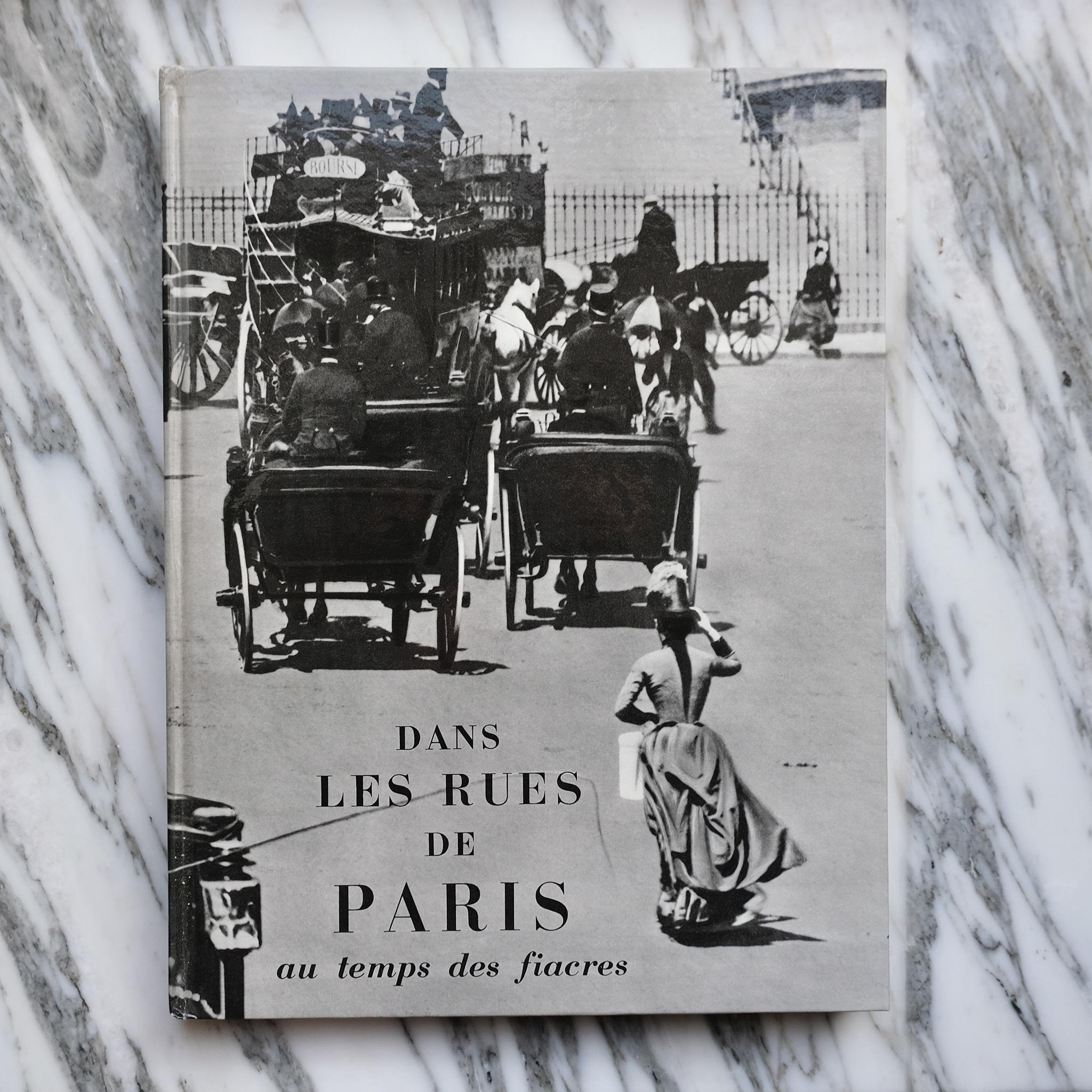 second bouquinistes auction Dans les Rues de Paris au Temps des Fiacres