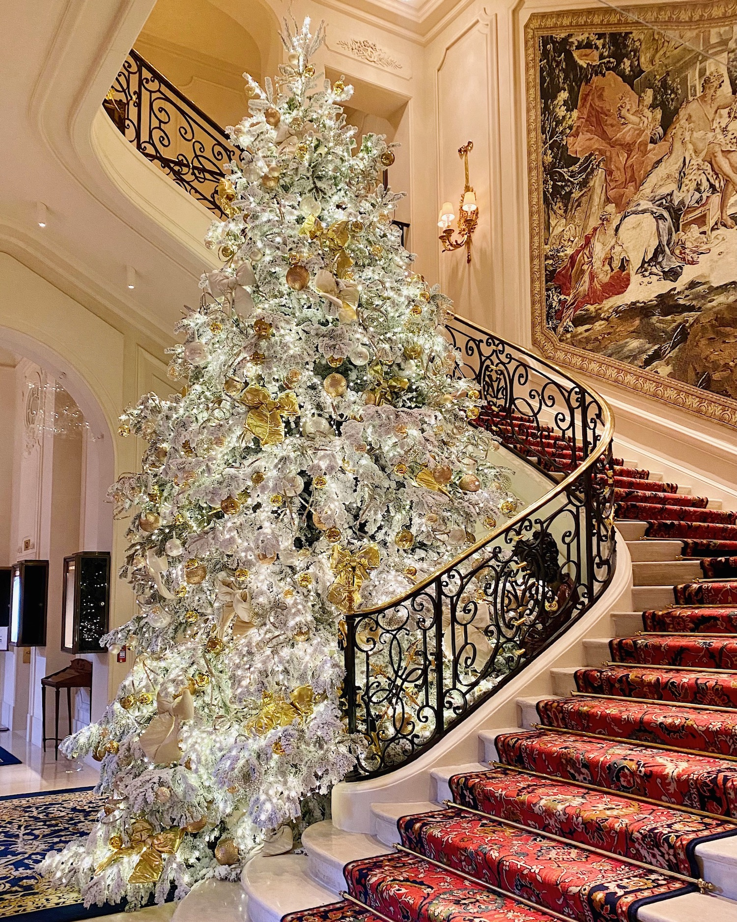 ritz paris christmas tree 2020