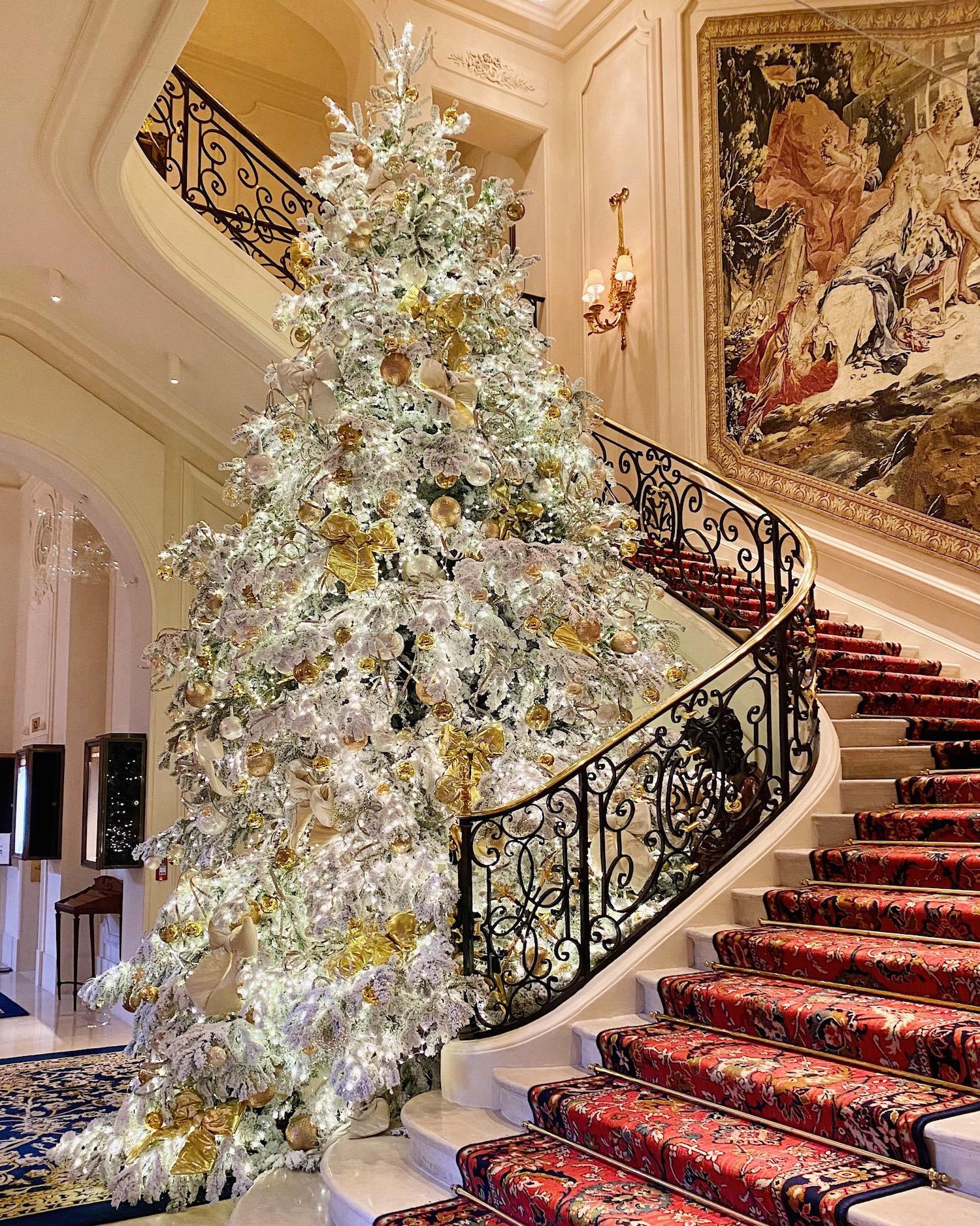 ritz paris christmas tree 2020