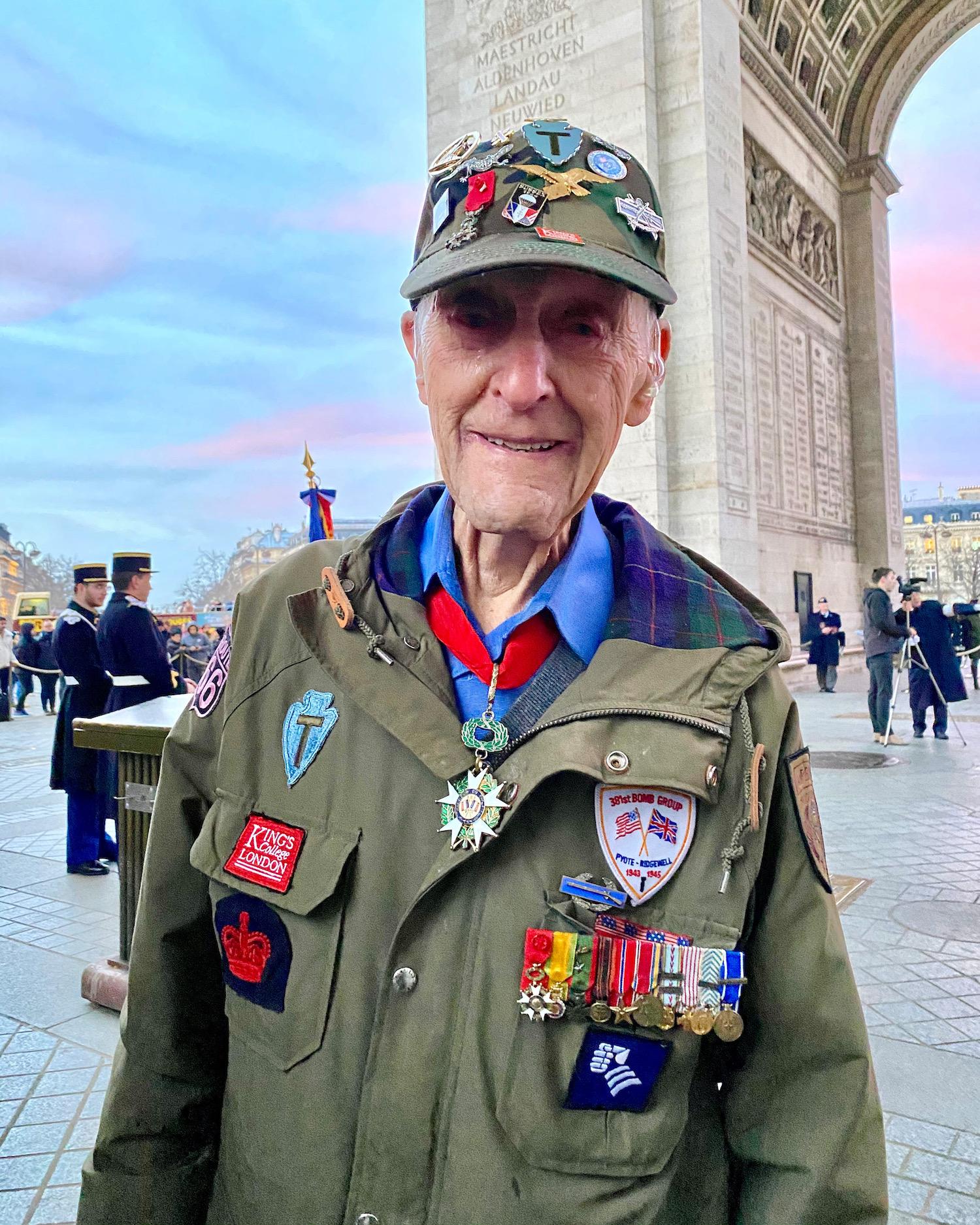 ww2 veteran dr. stephen weiss