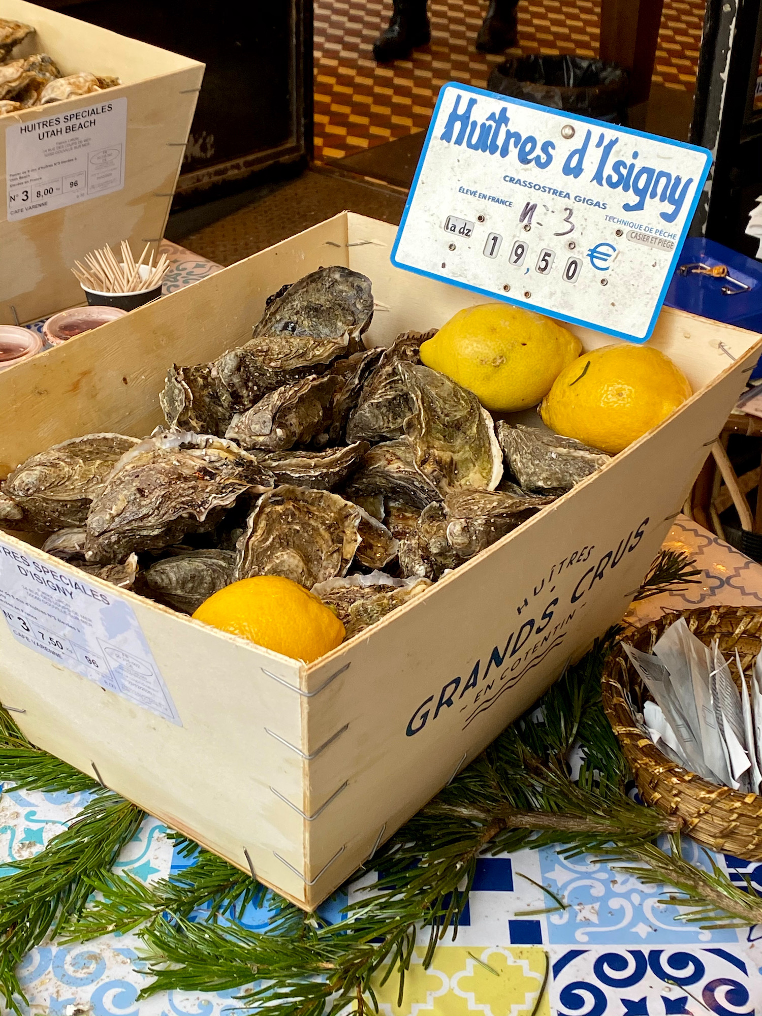 where to buy normandy oysters in paris café varenne
