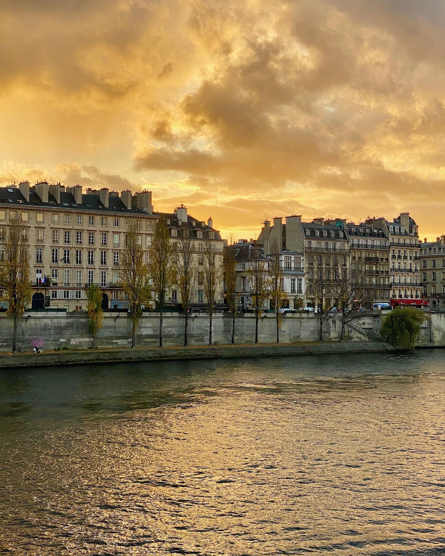 paris sunset quai voltaire weekend links week one