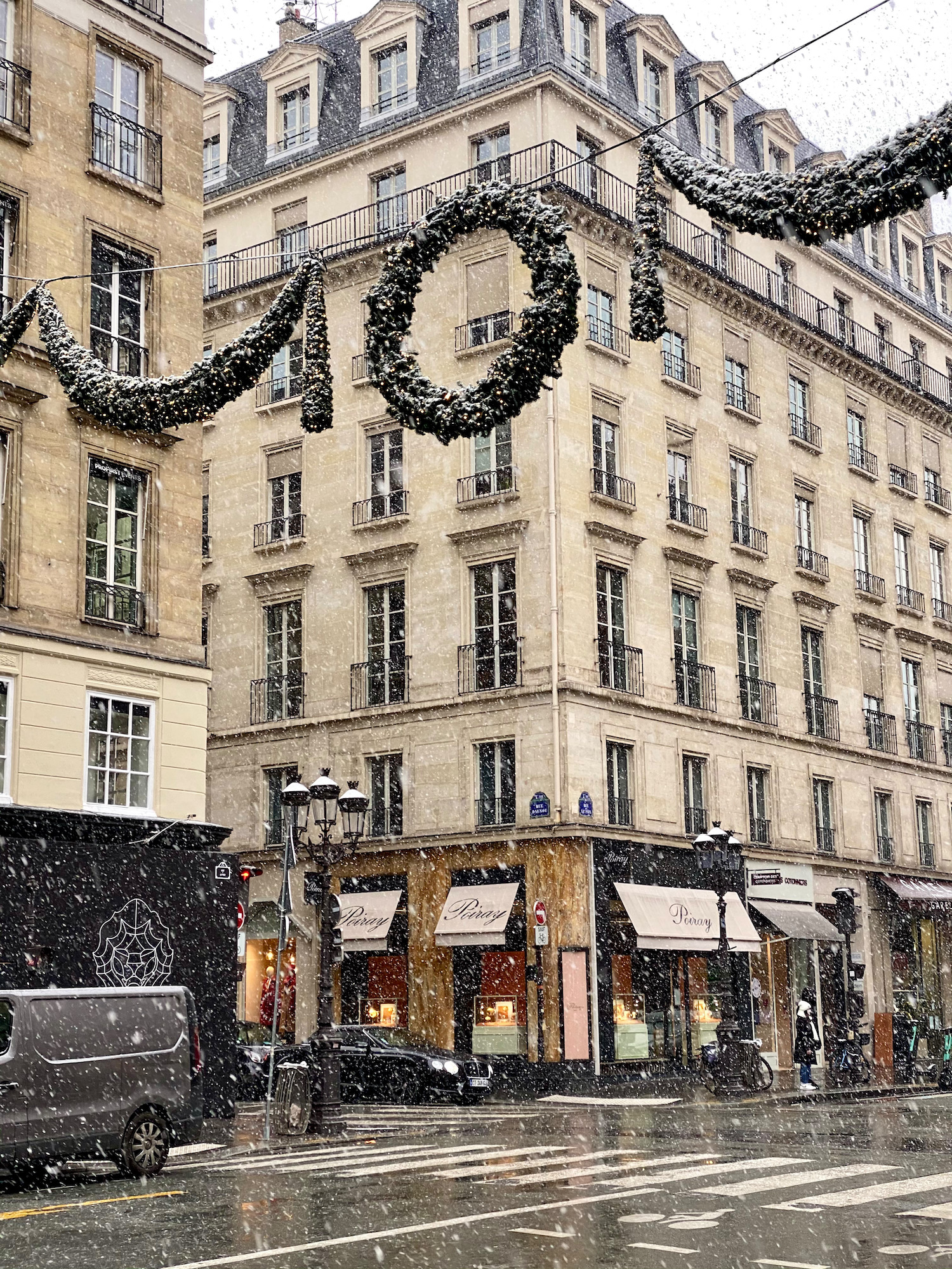 snowy christmas decorations in paris