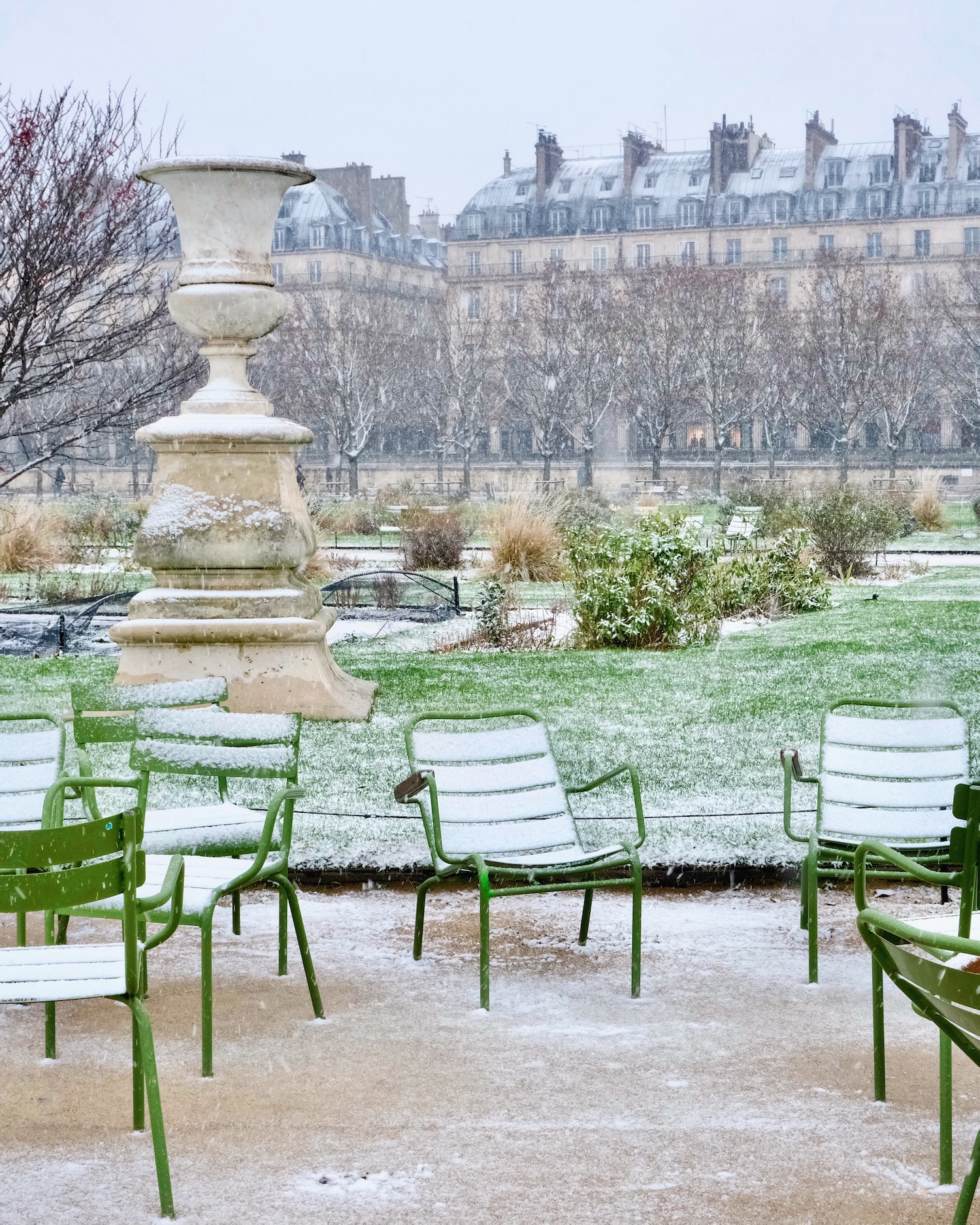 a walk through paris in the snow