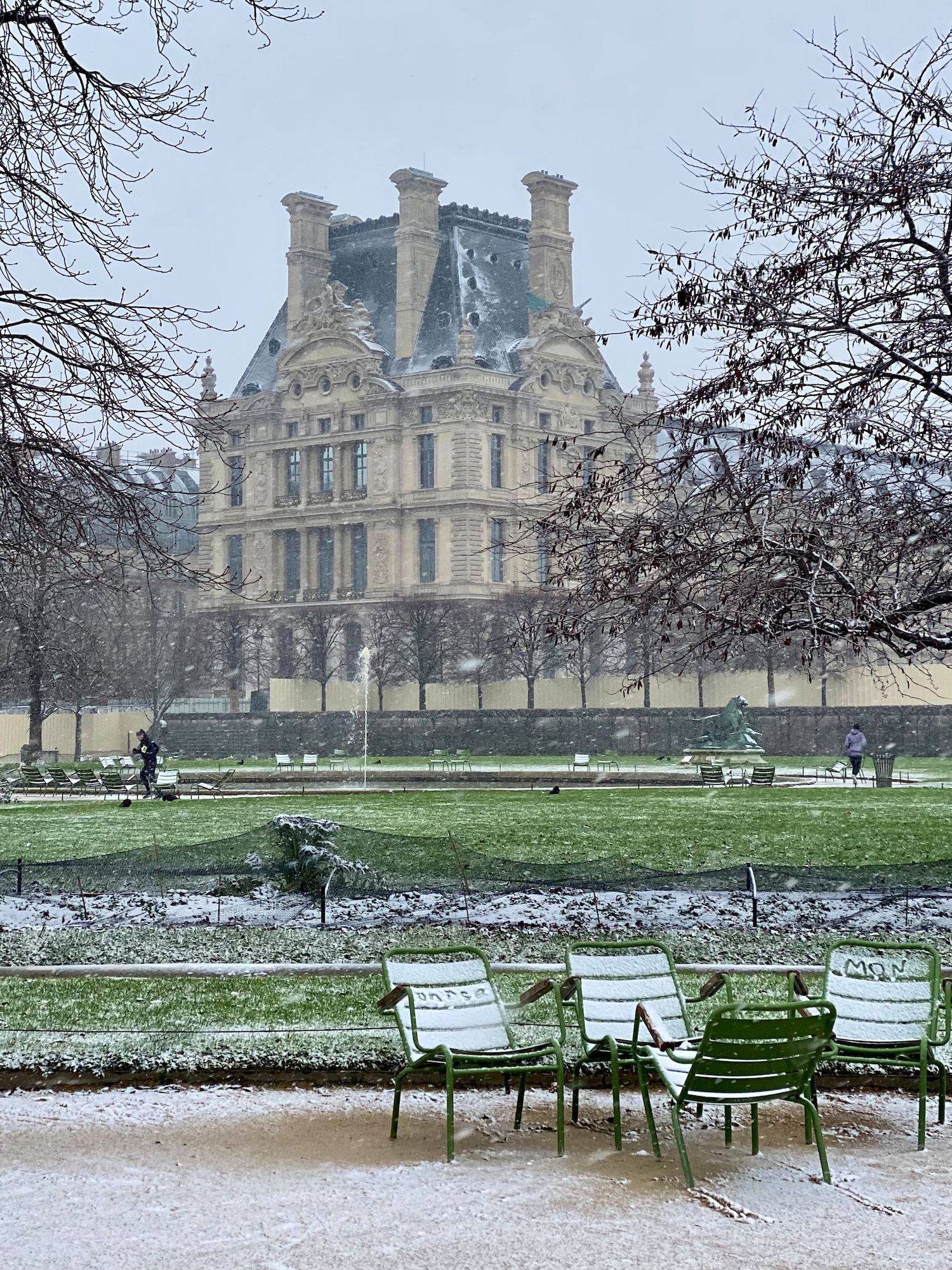 the louvre in the snow