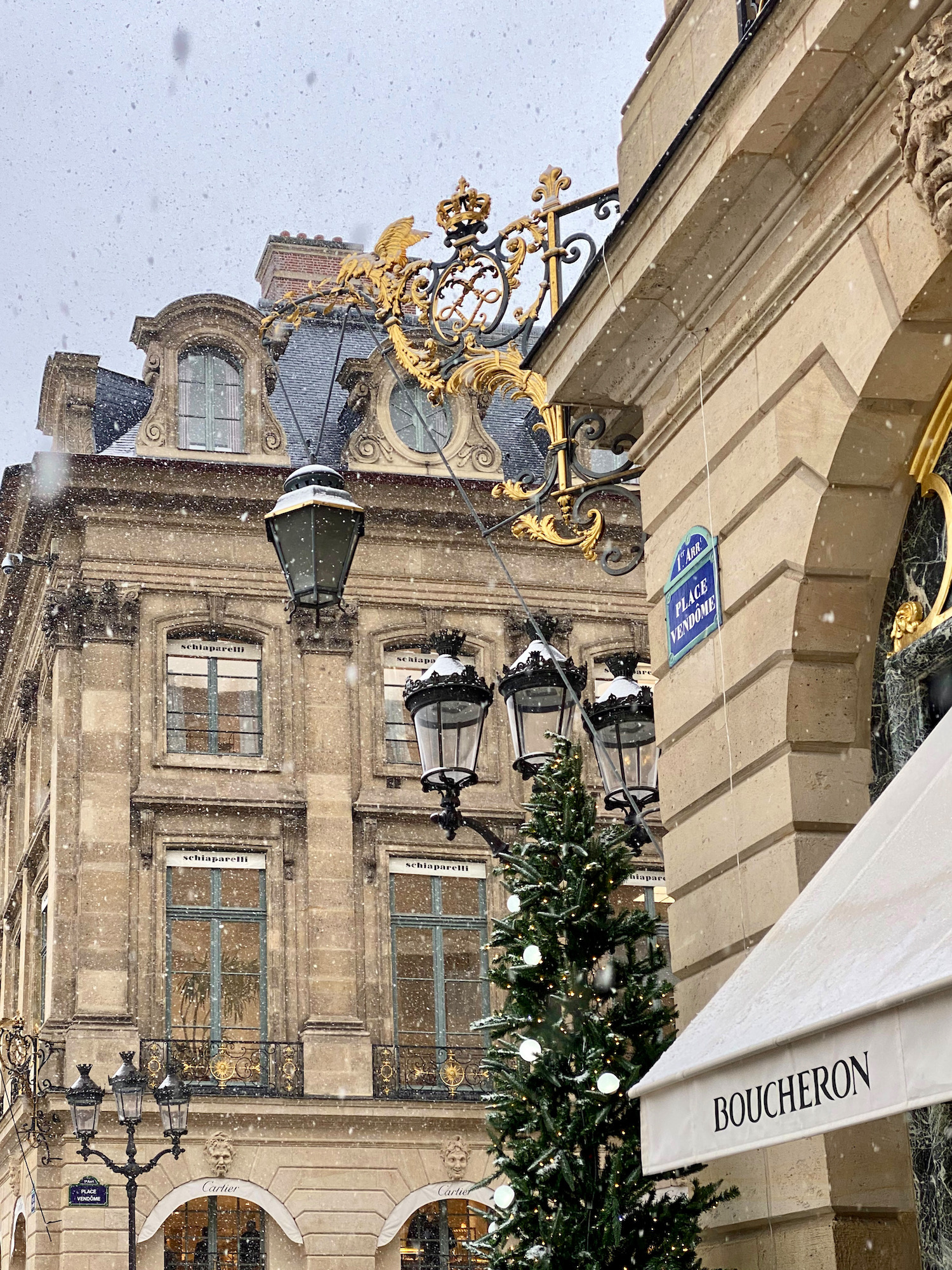 snow in place vendome with the christmas decorations