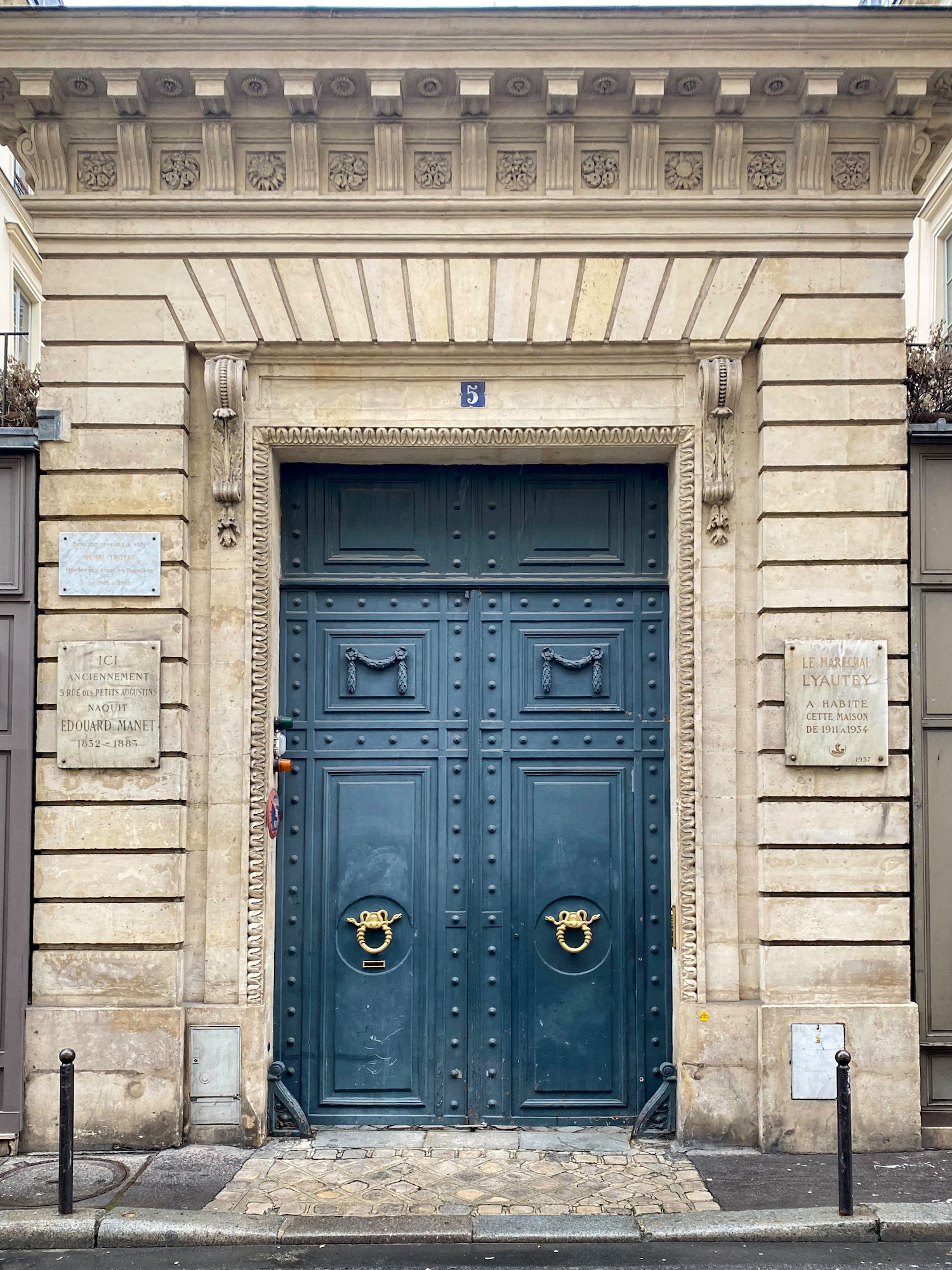 5 rue bonaparte door