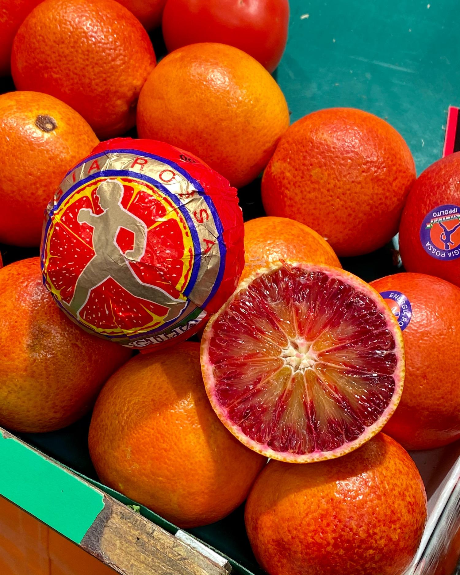 blood oranges at the montrouge market