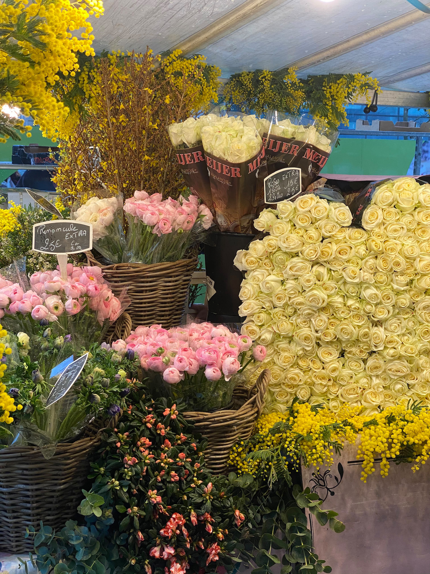 flower wall market marché des sablons neuilly