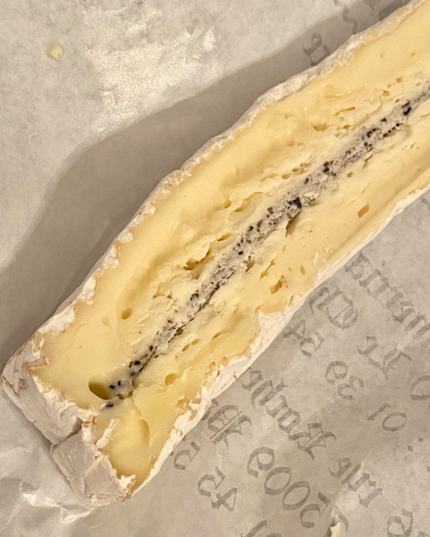 the best truffle brie cheese in paris