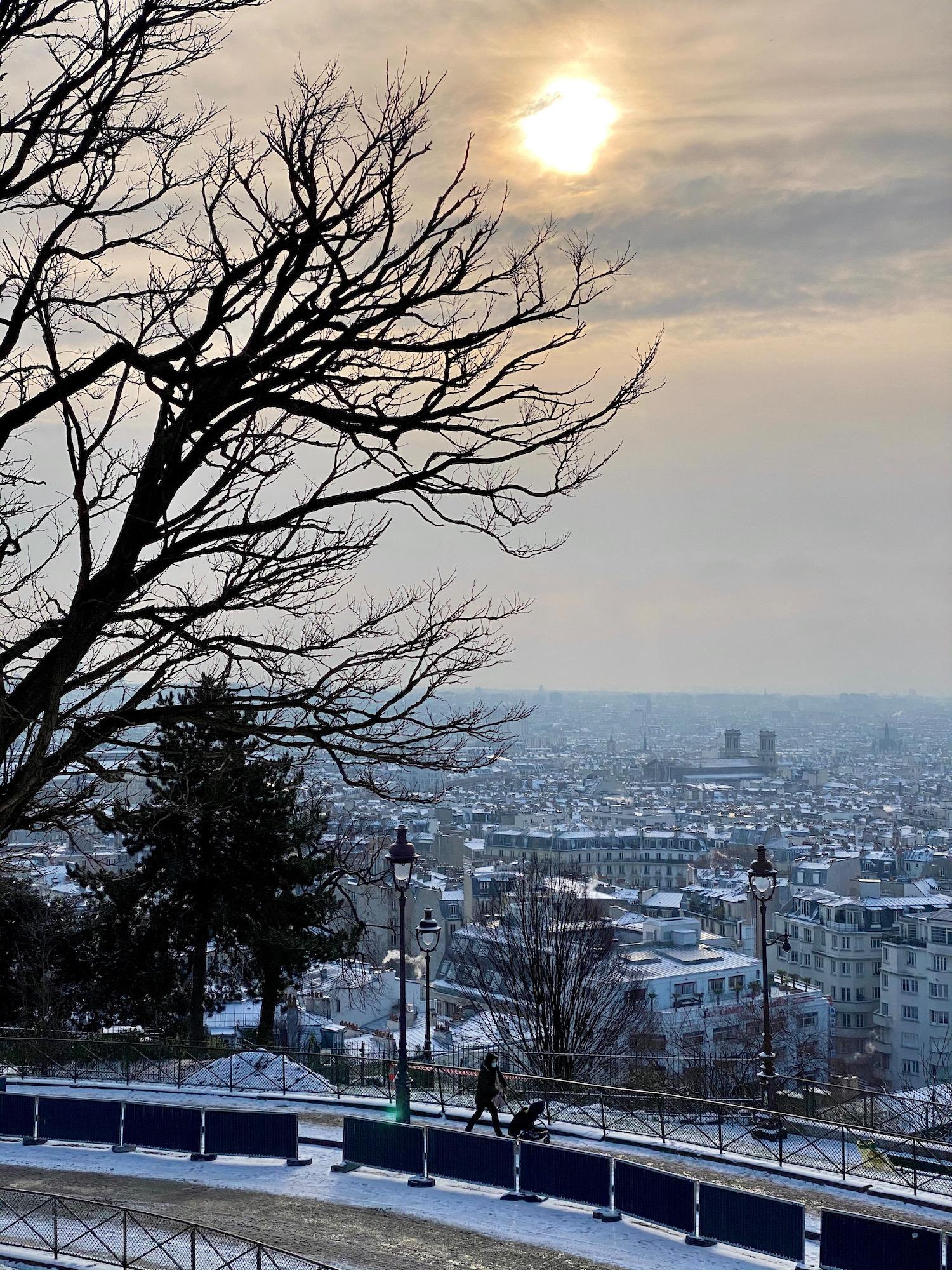 winter sky in montmartre