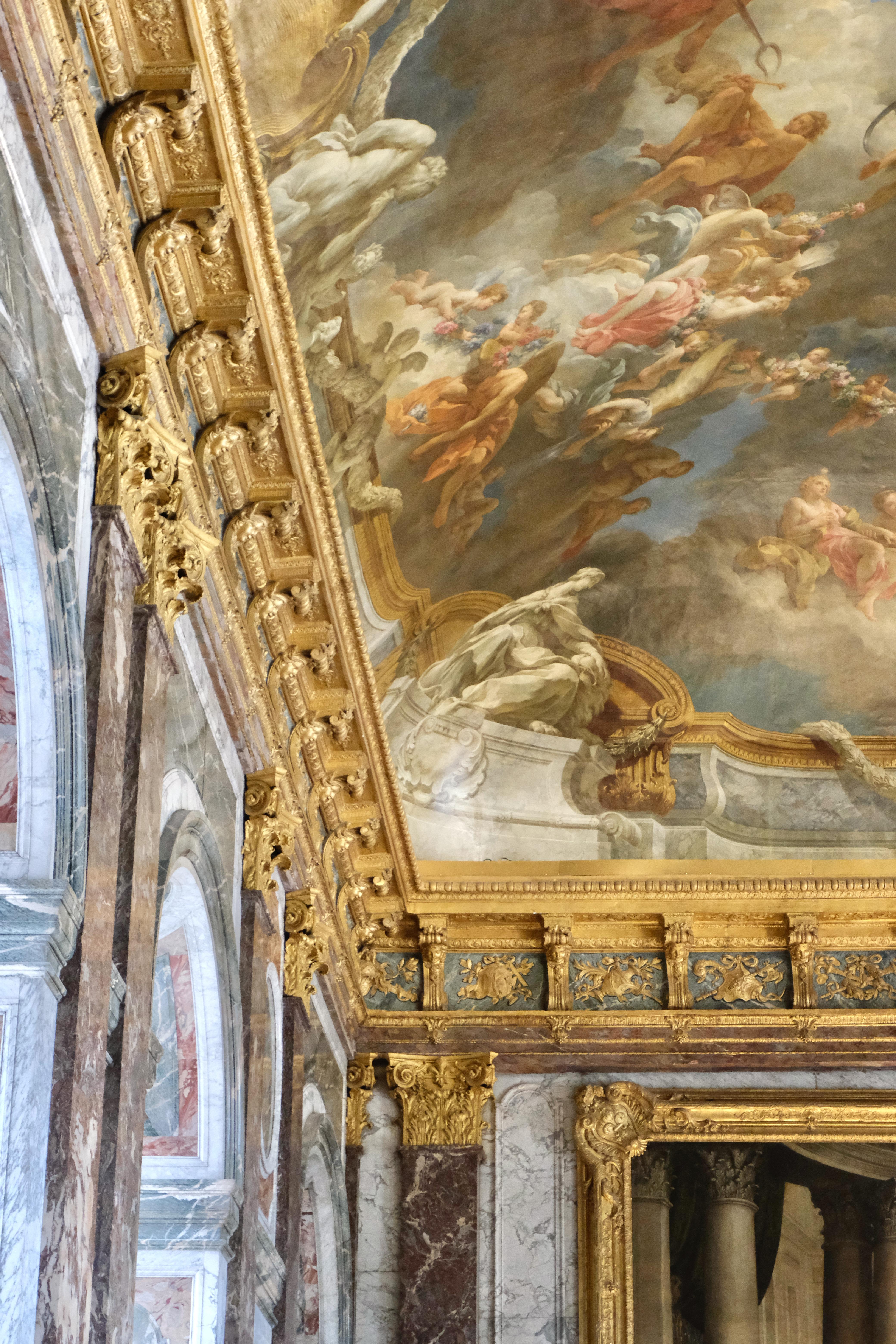 ceiling chateau de versailles
