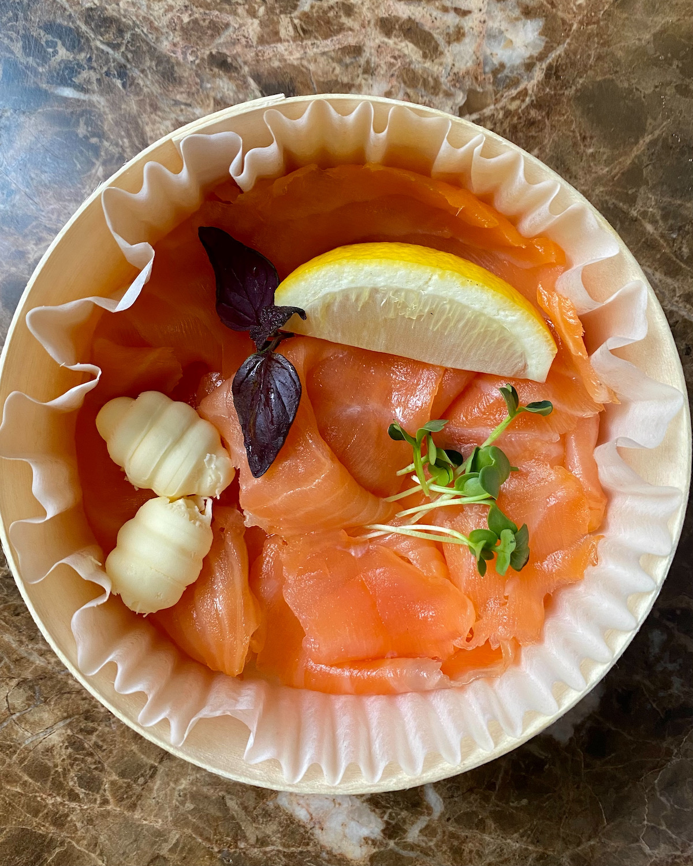 le voltaire à emporter smoked salmon
