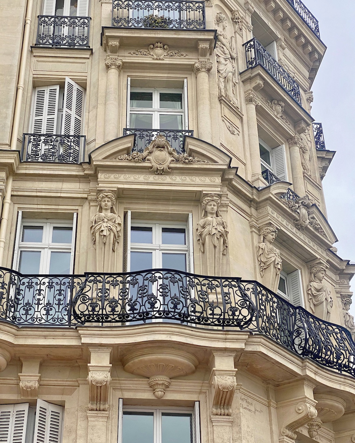 quai voltaire buildings