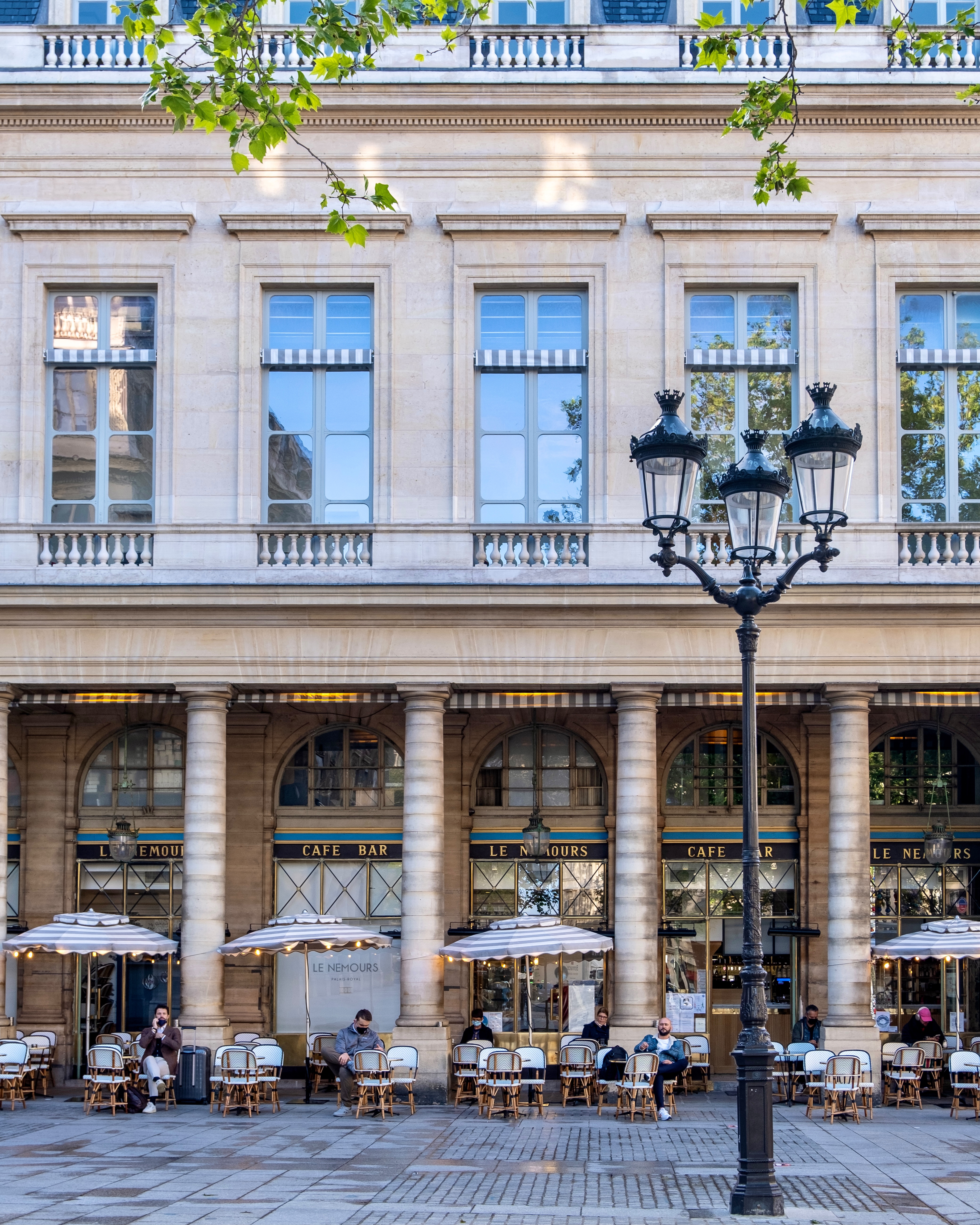 outdoor dining reopening in france