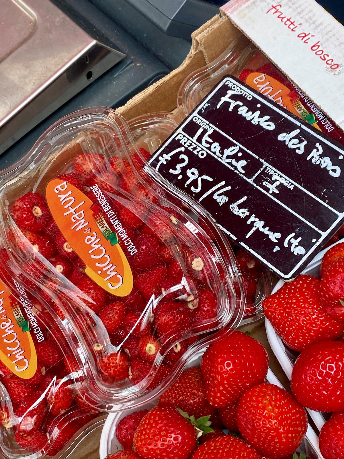fraises des bois eataly paris