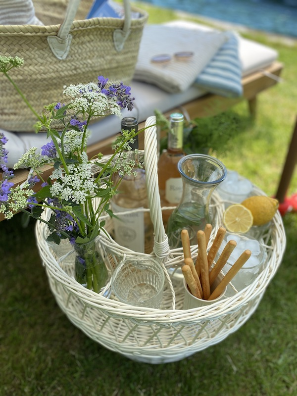 wicker cocktail basket from my french country home