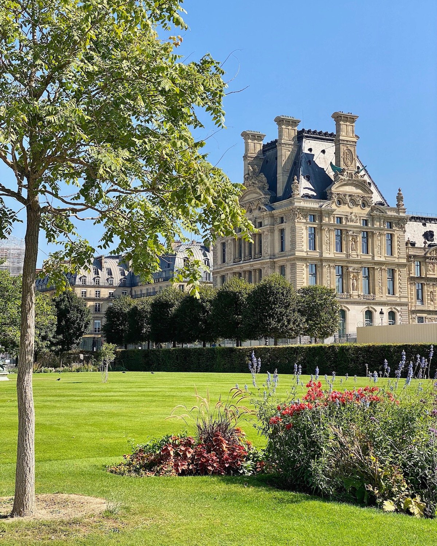 weekend links week 36 tuileries september afternoon