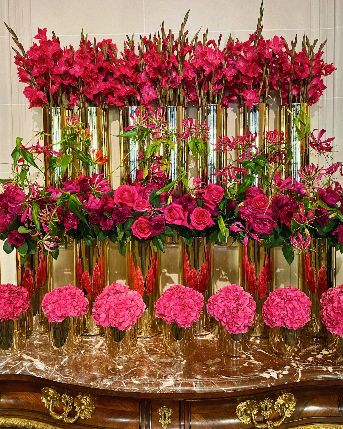 pink flowers by anne vitchen at the ritz paris weekend links 40